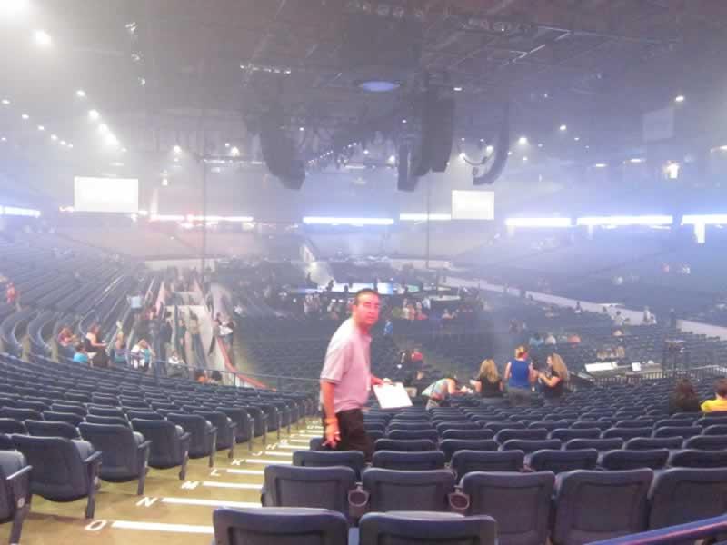 Demi lovato allstate arena illionis 2016