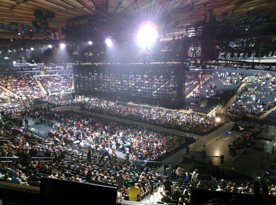 Madison Square Garden Section 215 Concert Seating