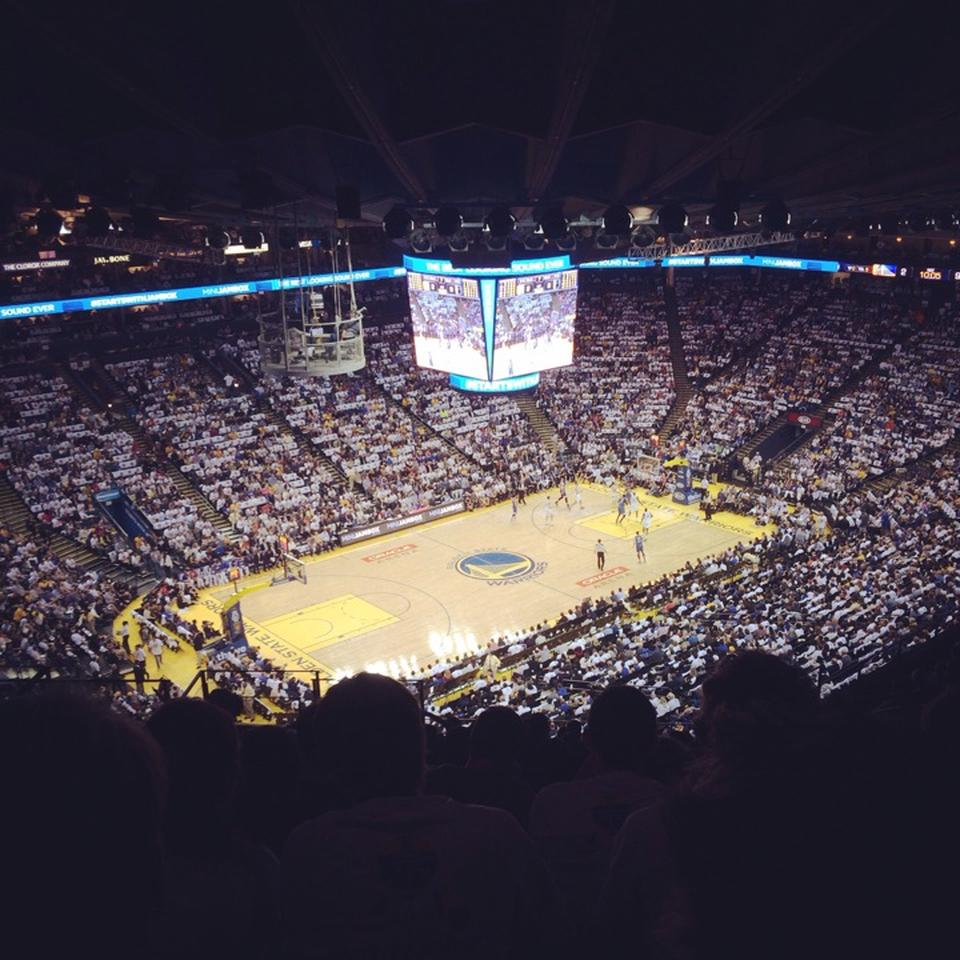 Gs Warriors New Stadium: Oracle Arena Section 220
