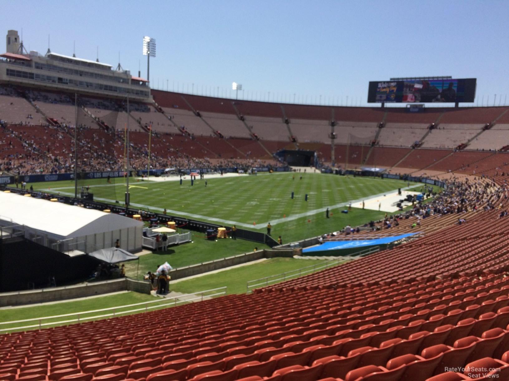Los Angeles Memorial Coliseum Section 28 - RateYourSeats.com