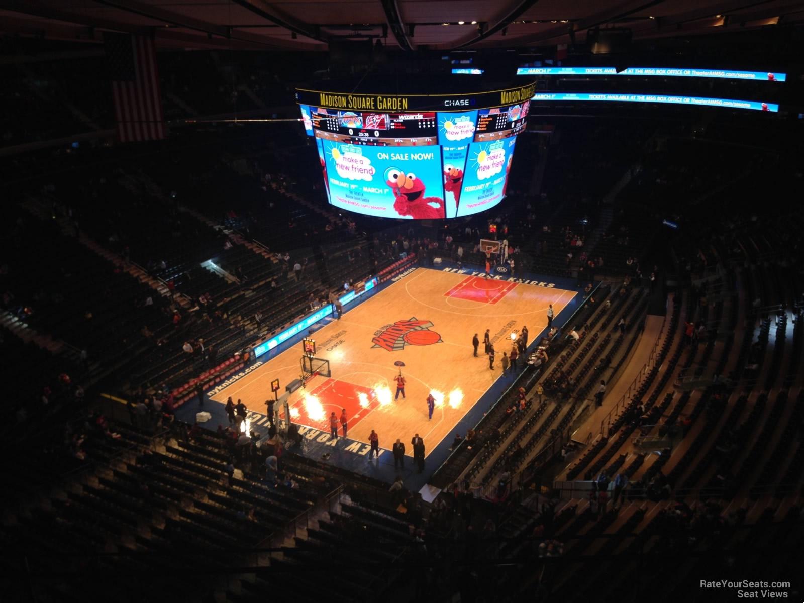 Madison Square Garden Section 322 New York Knicks