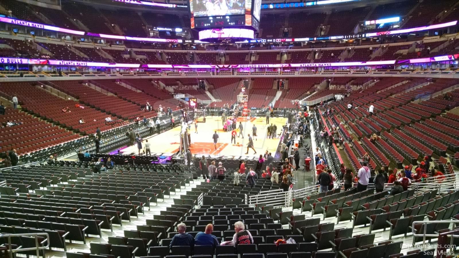 United Center Section 118 >> United Center Section 105 - Chicago Bulls - RateYourSeats.com