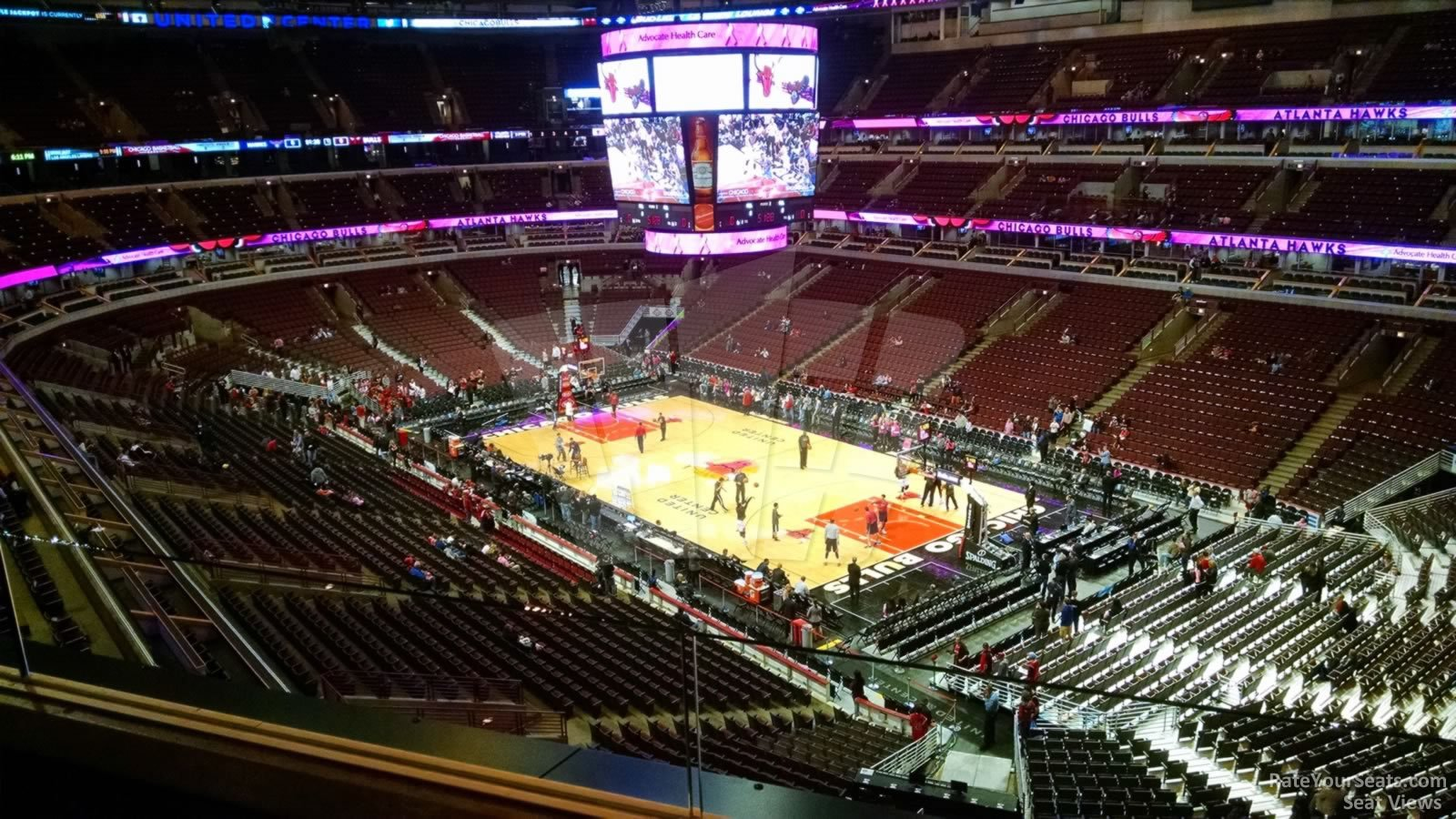 United Center Section 330 - Chicago Bulls - RateYourSeats.com
