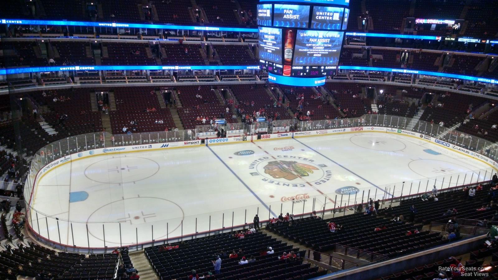 300 Level Corner - United Center Hockey Seating ...