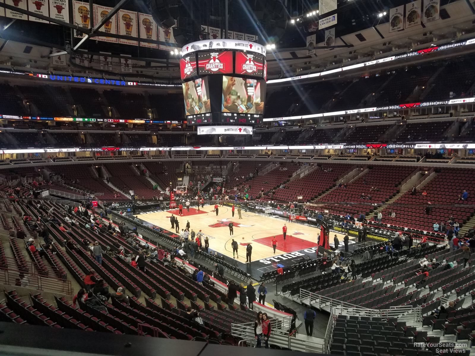 United Center Section 213 - Chicago Bulls - RateYourSeats.com