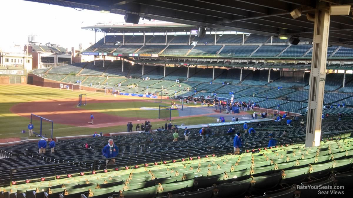 wrigley field section 208 chicago cubs rateyourseatscom