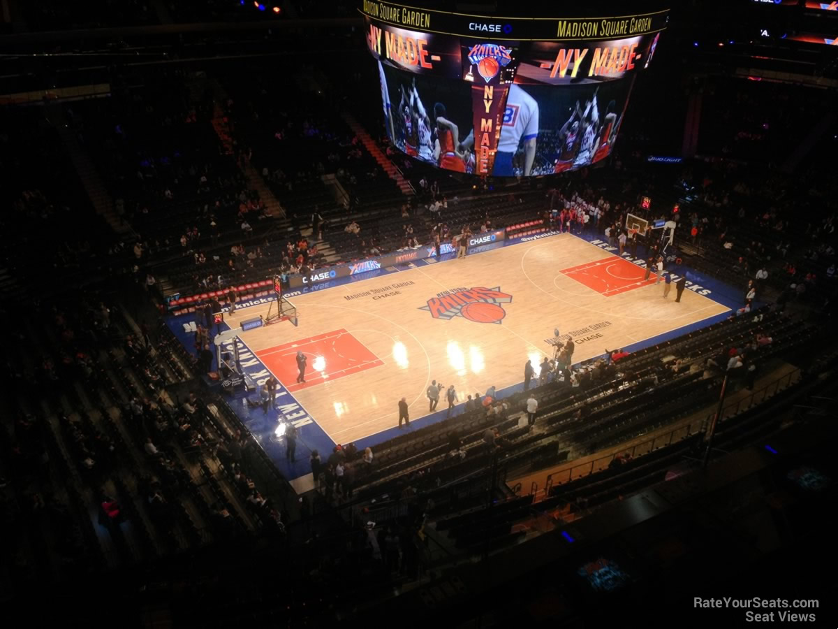 Madison Square Garden Section 325 New York Knicks