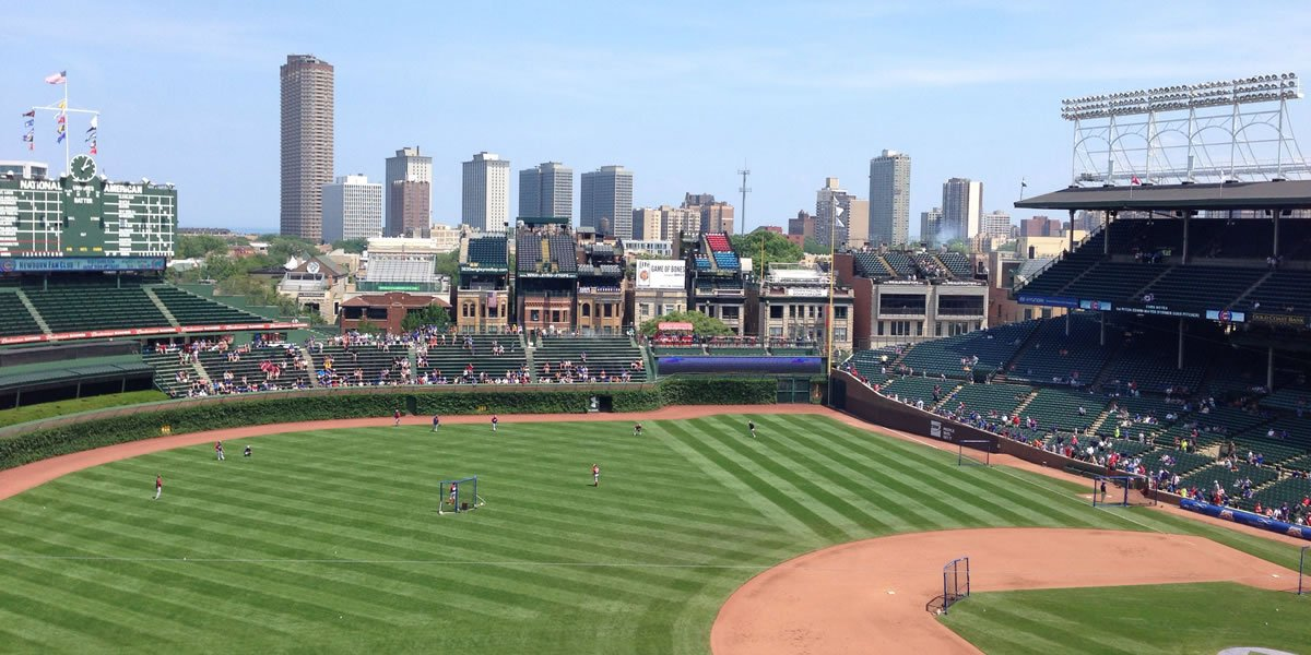 THE 10 BEST Restaurants Near Wrigley Field in Chicago, IL ...