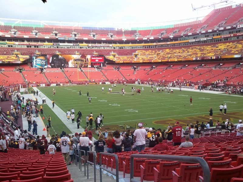 FedExField Visiting Team Fans