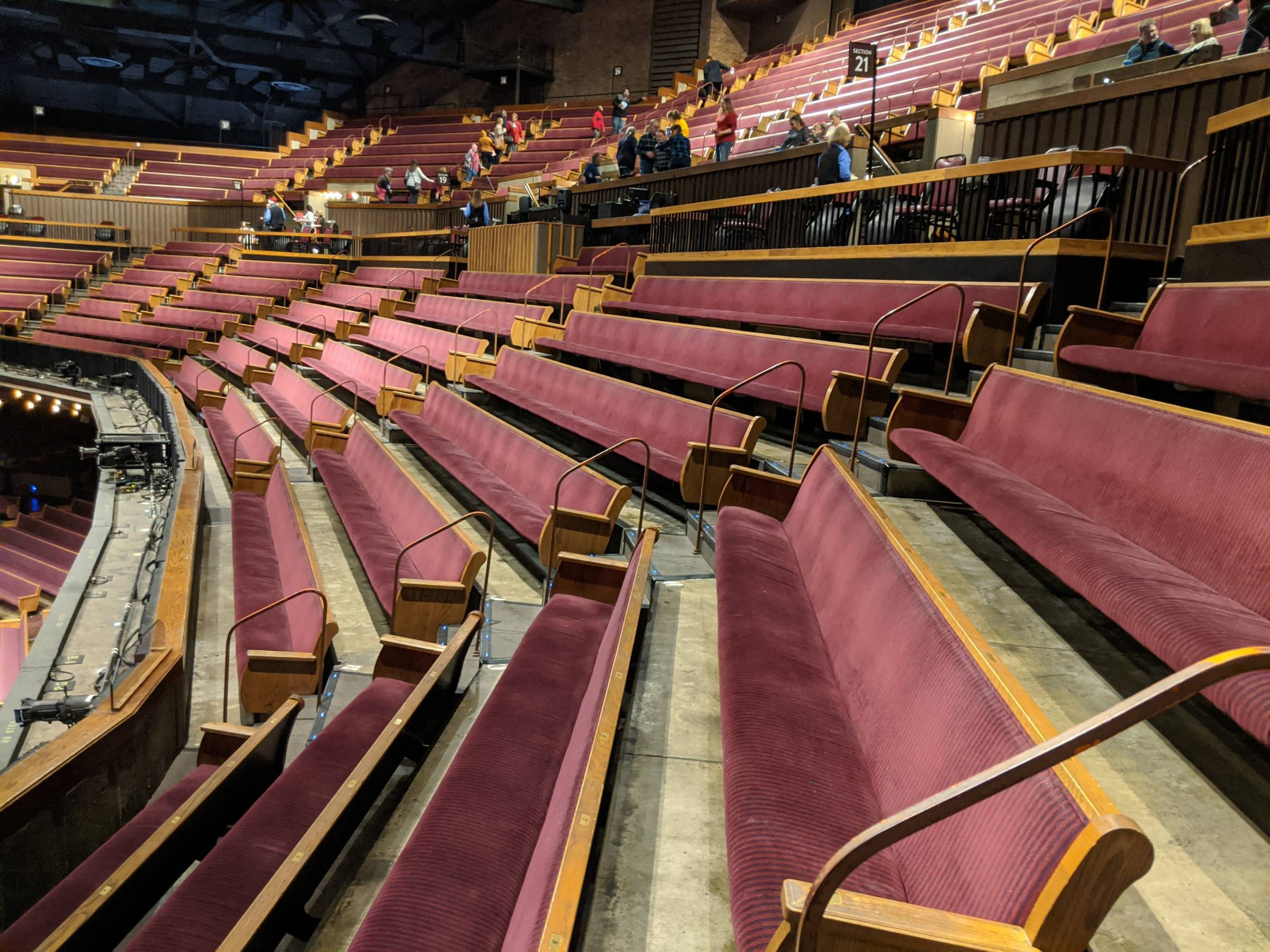 Mezzanine Seating at Grand Ole Opry House