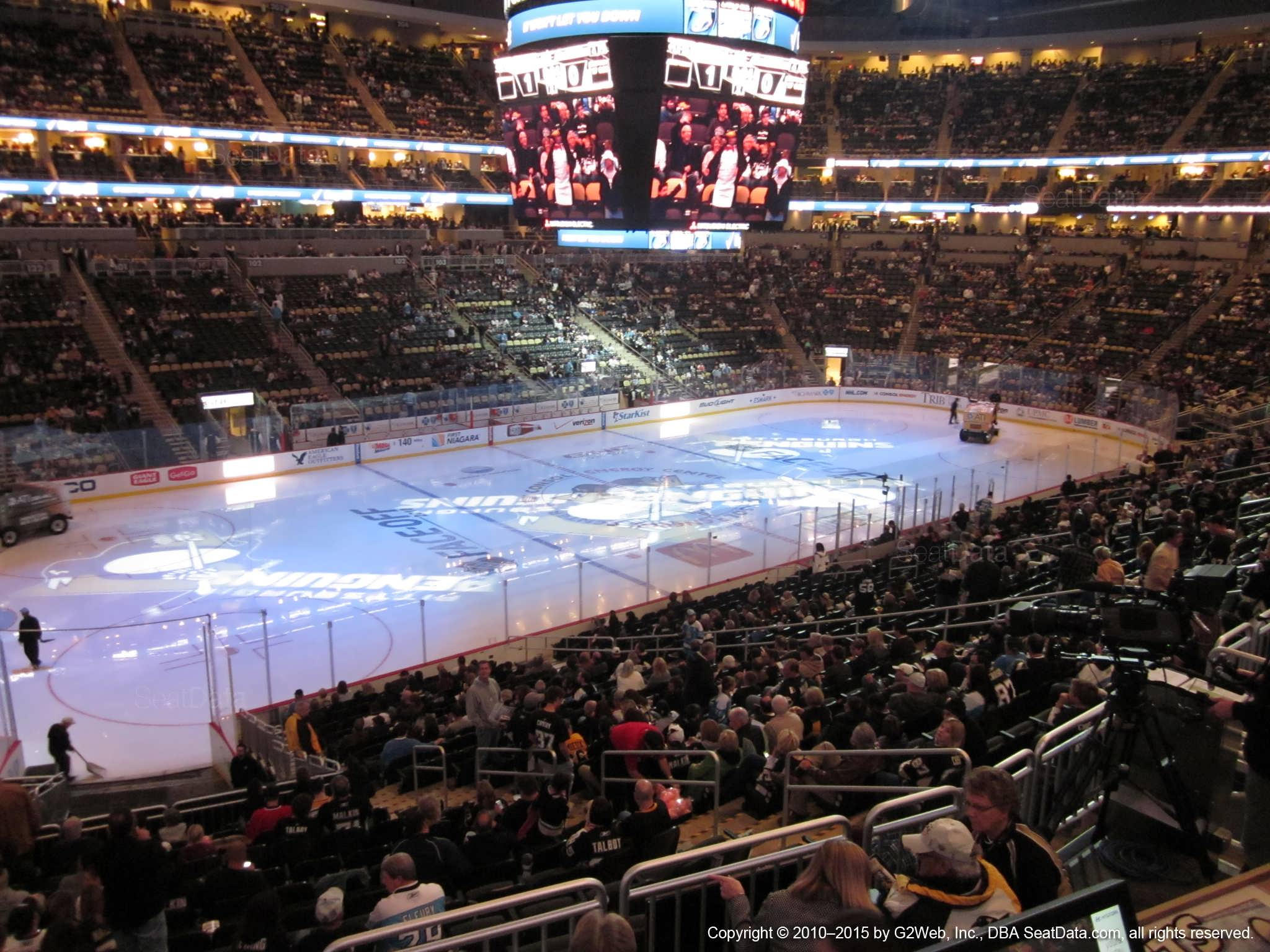 Ppg Paints Arena Club Loge 23 Pittsburgh Penguins