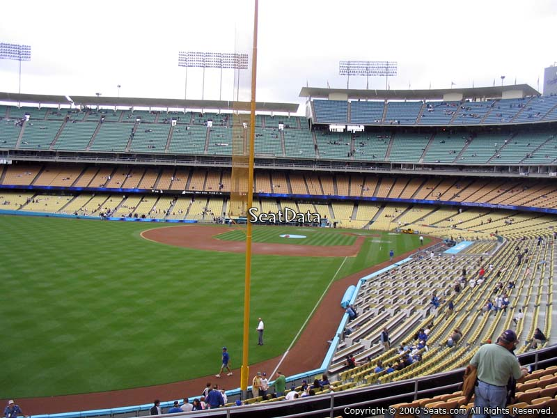 Dodger stadium section 165 seat view