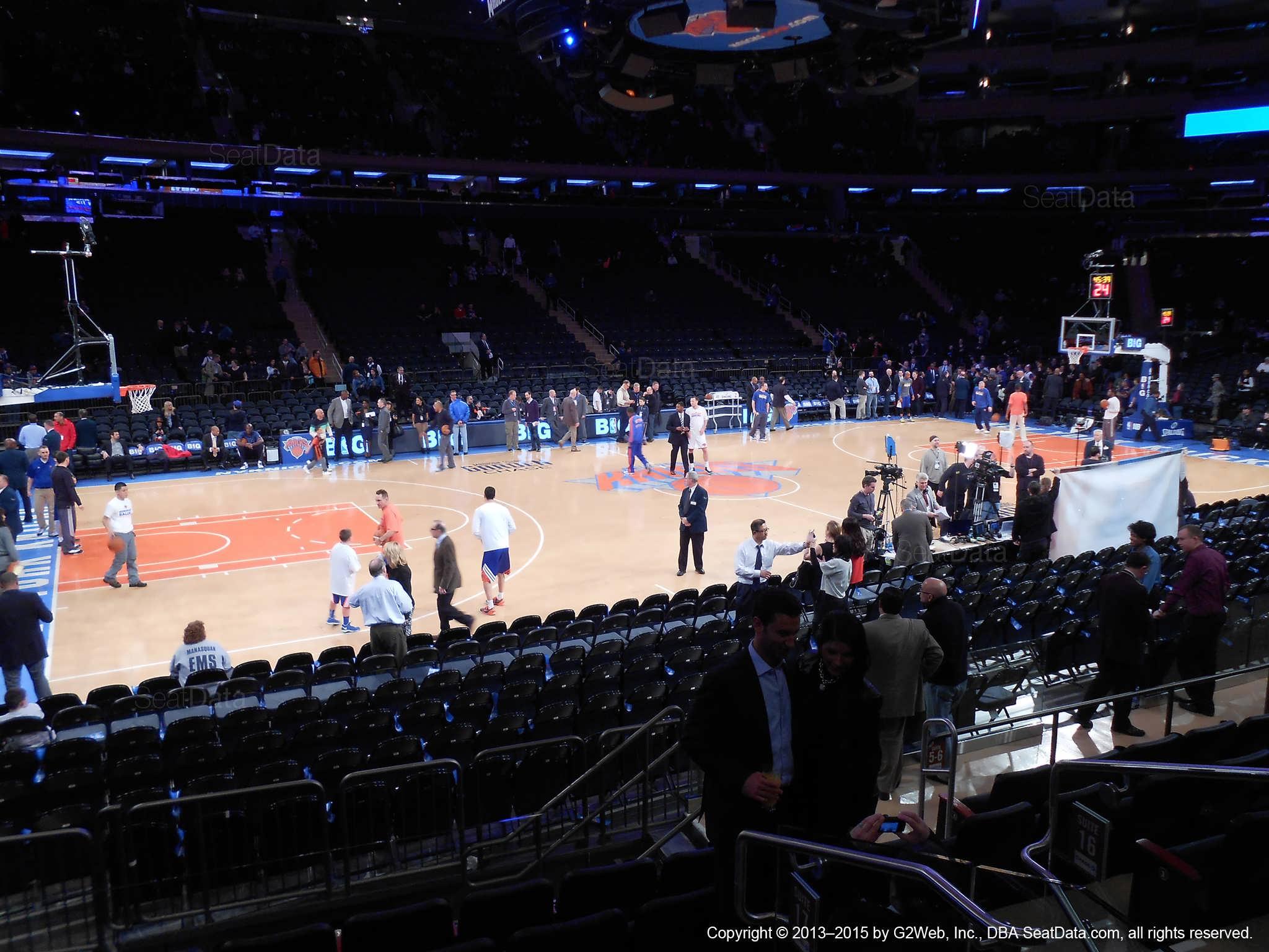Madison Square Garden Section 10 New York Knicks