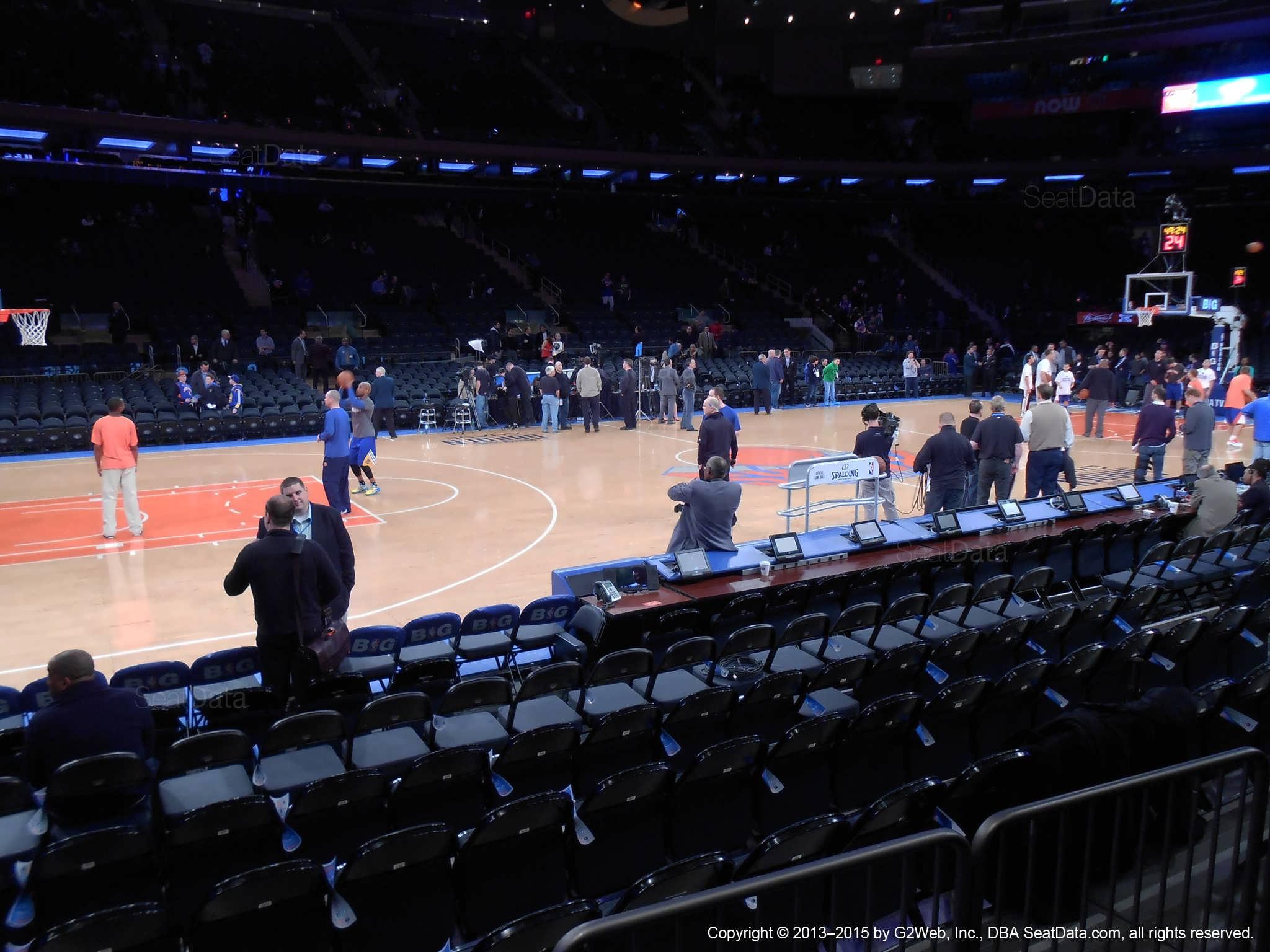 Madison Square Garden Section 4 New York Knicks