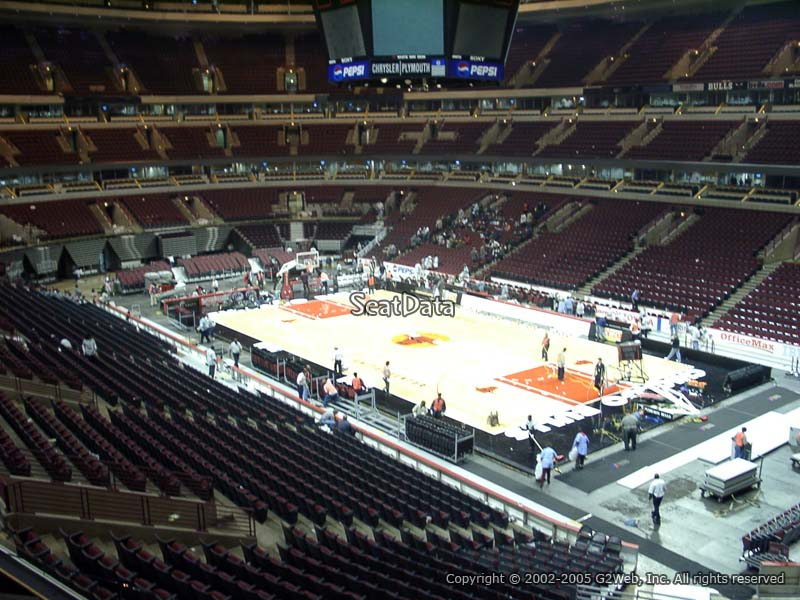 United Center Section 213 Seat View
