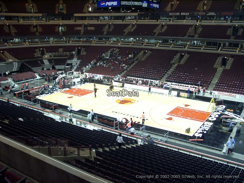 United Center Section 215 Chicago Bulls Rateyourseats Com
