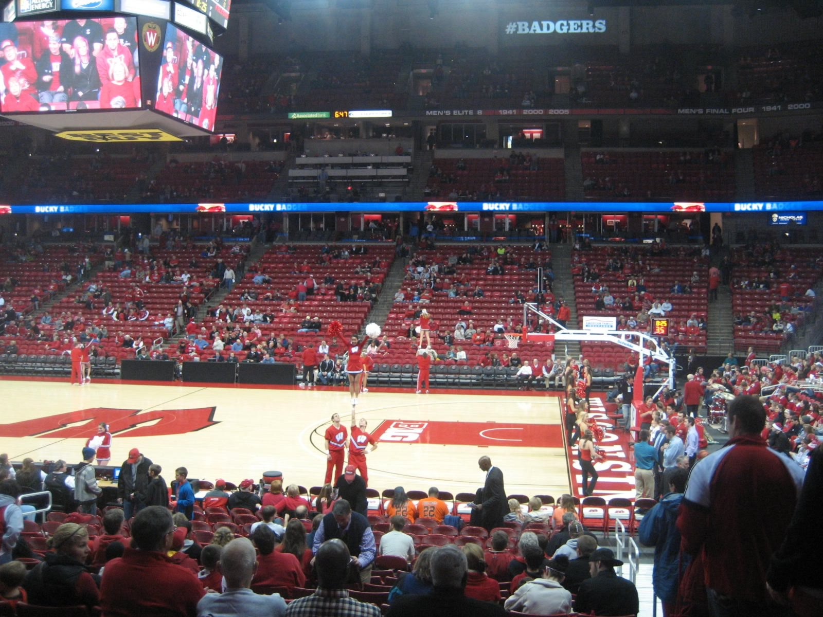 Section 121, Row N