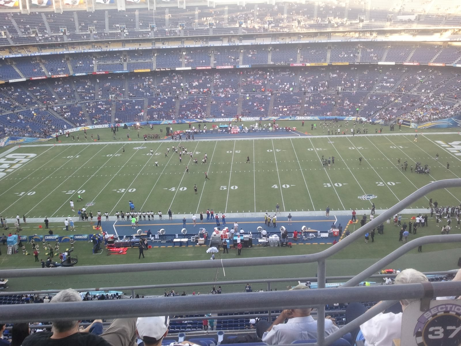 View Level 37V, Row 6