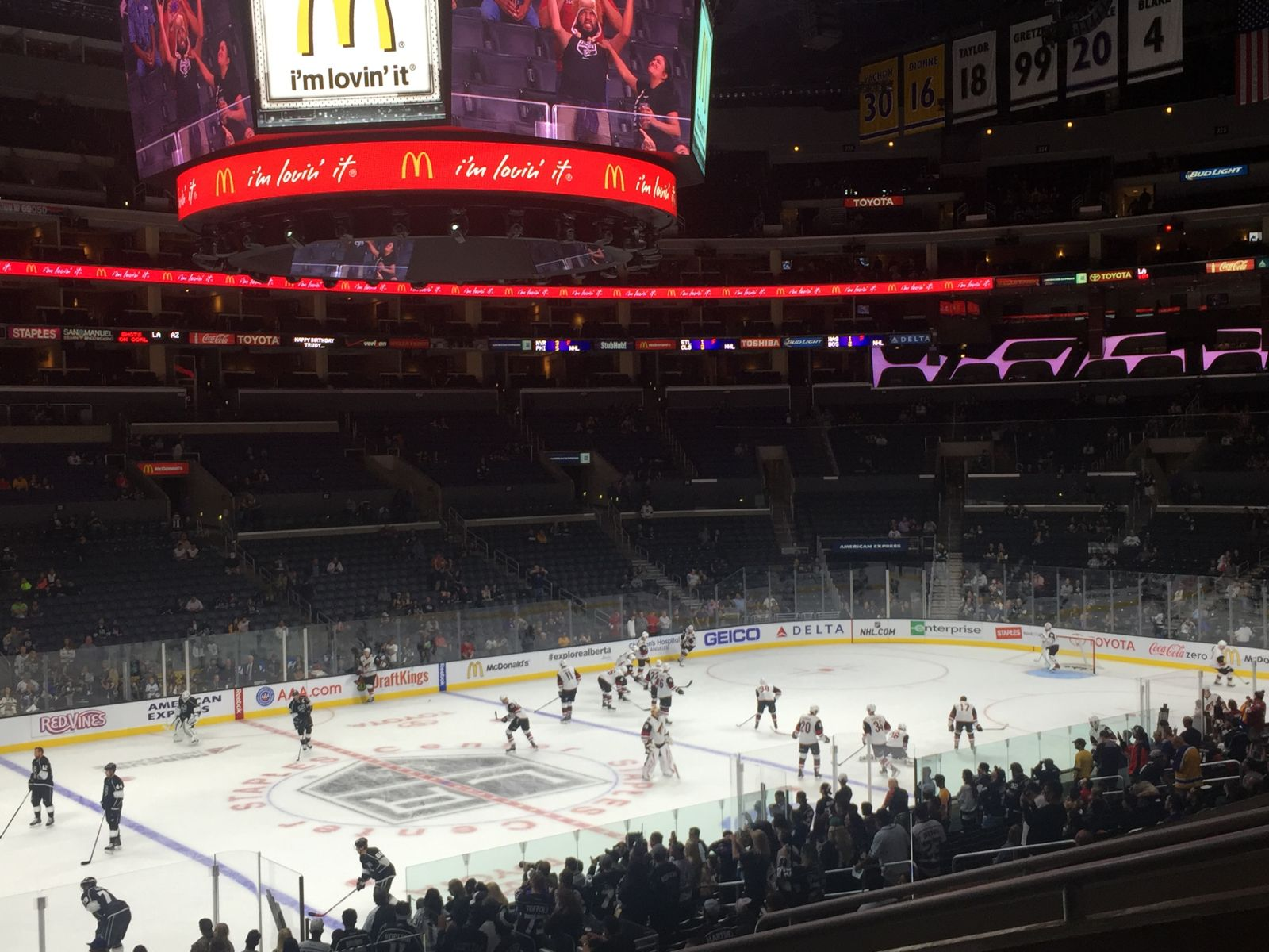Los Angeles Kings Seat View for Staples Center Premier 7, Row 6