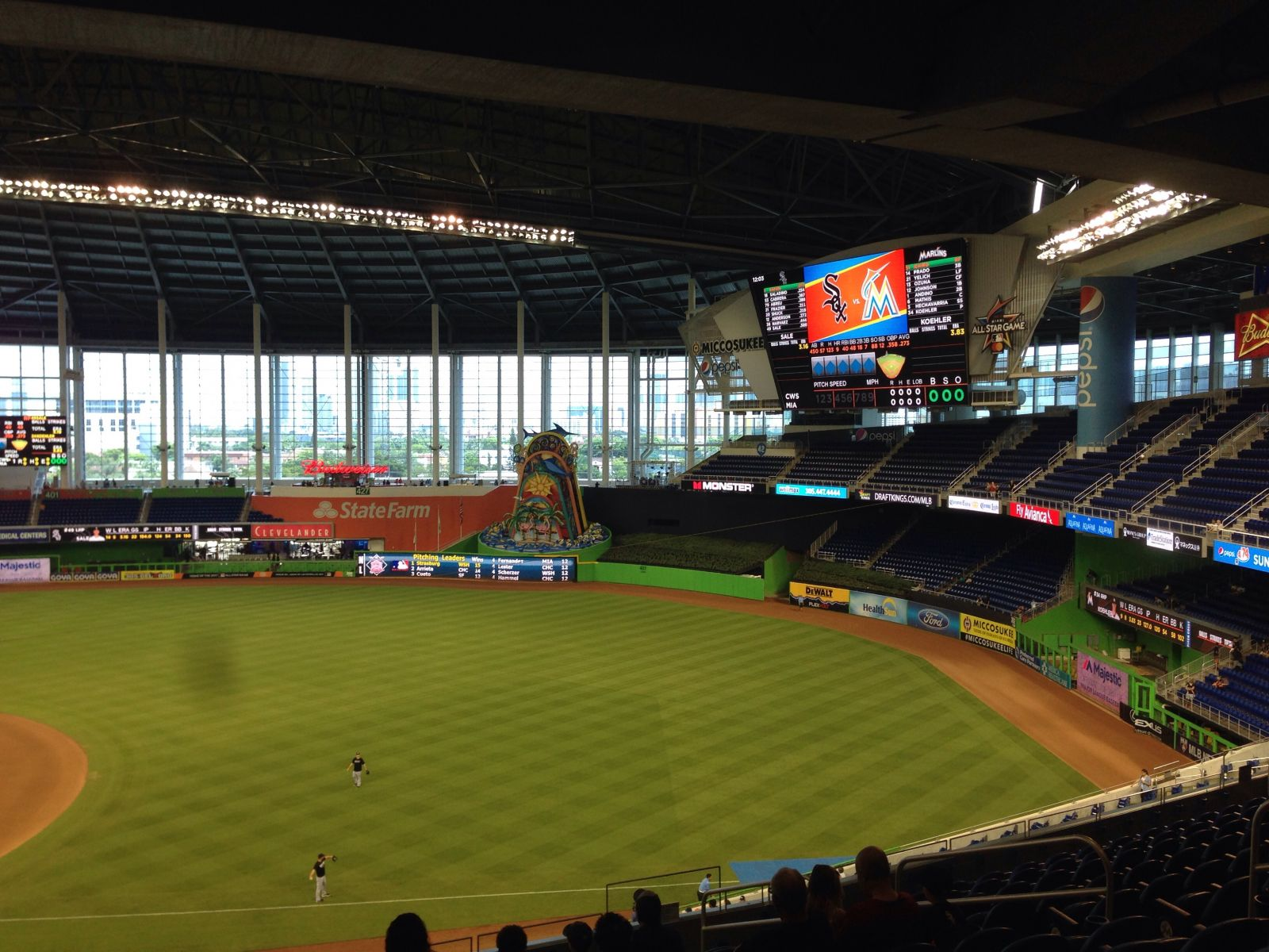 Miami Marlins Seat View for loanDepot park Section 206, Row 12