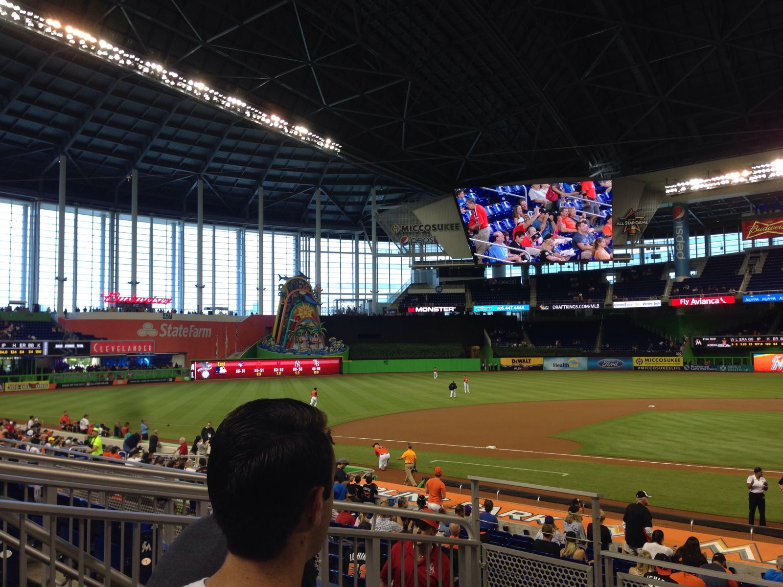 Miami Marlins Seat View for loanDepot park Section 19, Row 4