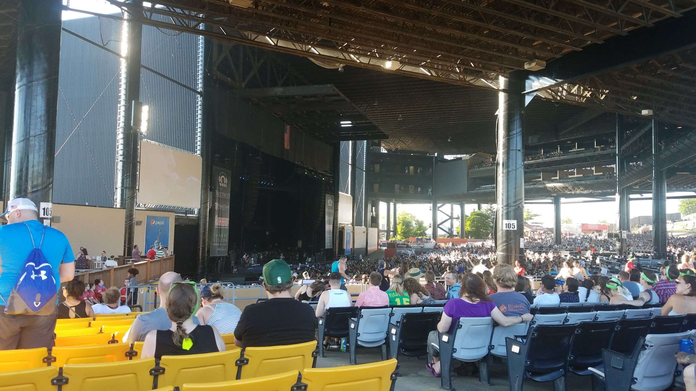 07 03 19 set picks discussion hollywood casino amphitheatre tinley park il these days. Black Bedroom Furniture Sets. Home Design Ideas