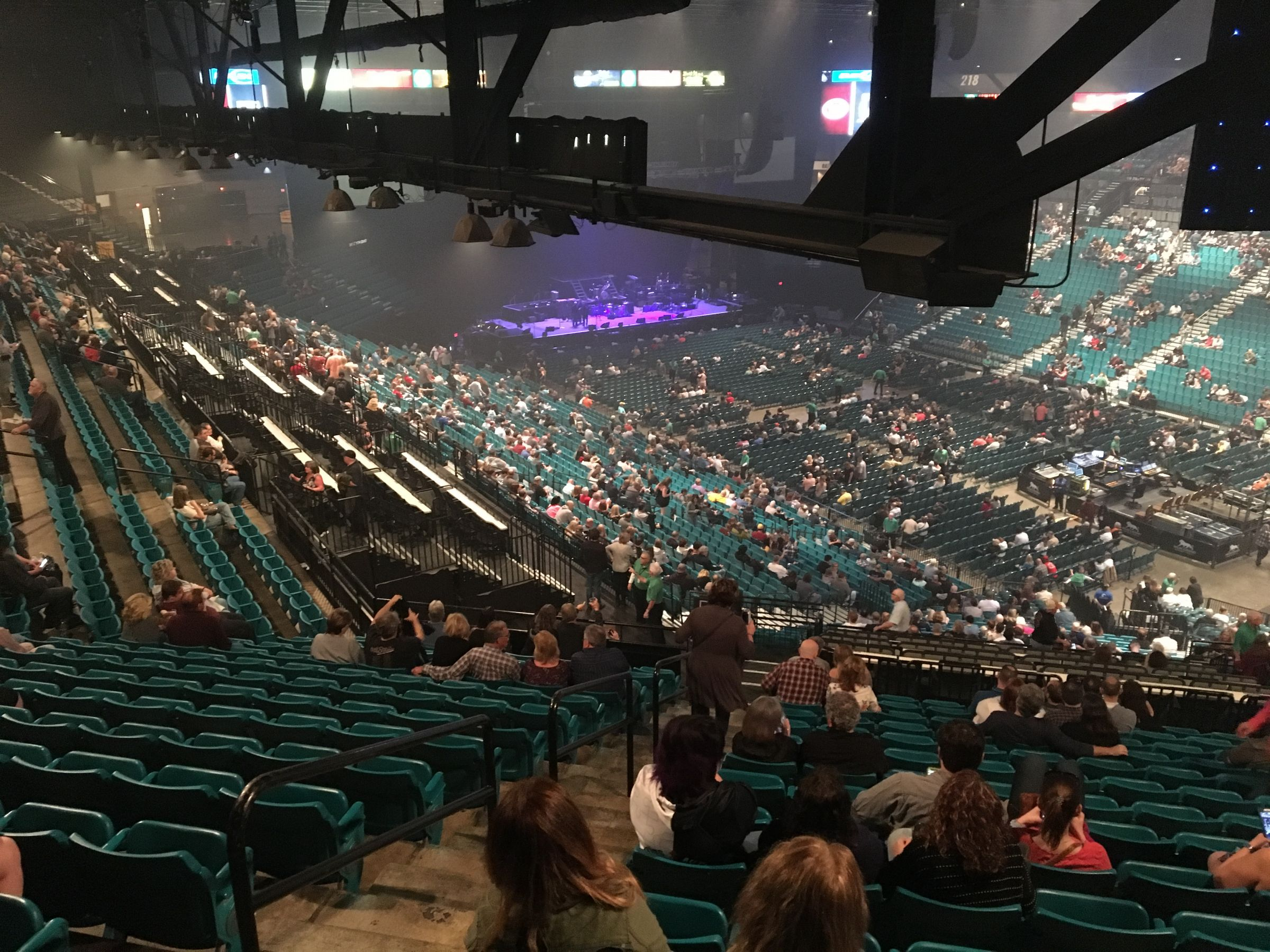 Concert Seat View for MGM Grand Garden Arena Section 207, Row R, Seat 20