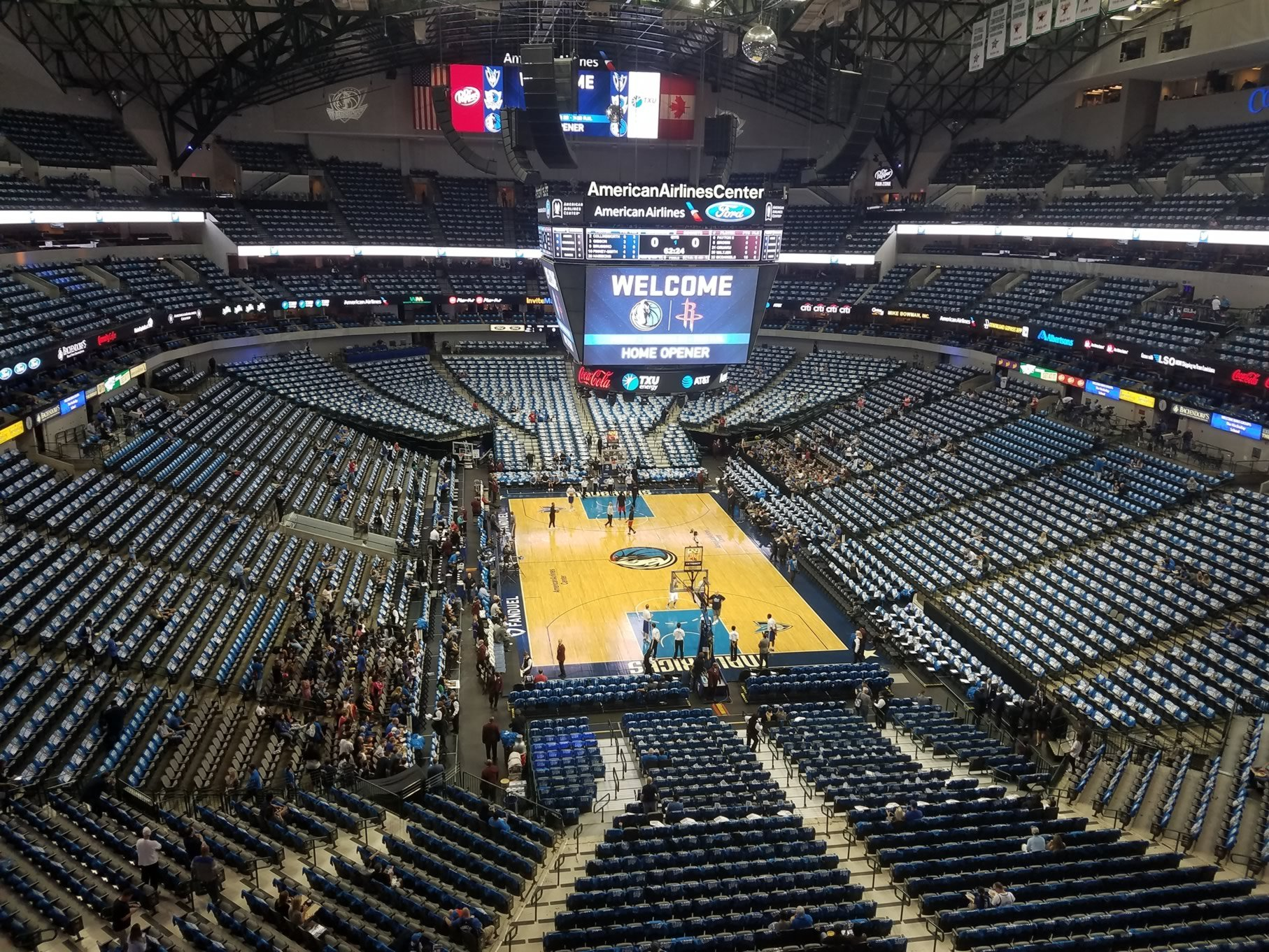 Dallas Mavericks Seat View for American Airlines Center Section 319, Row A