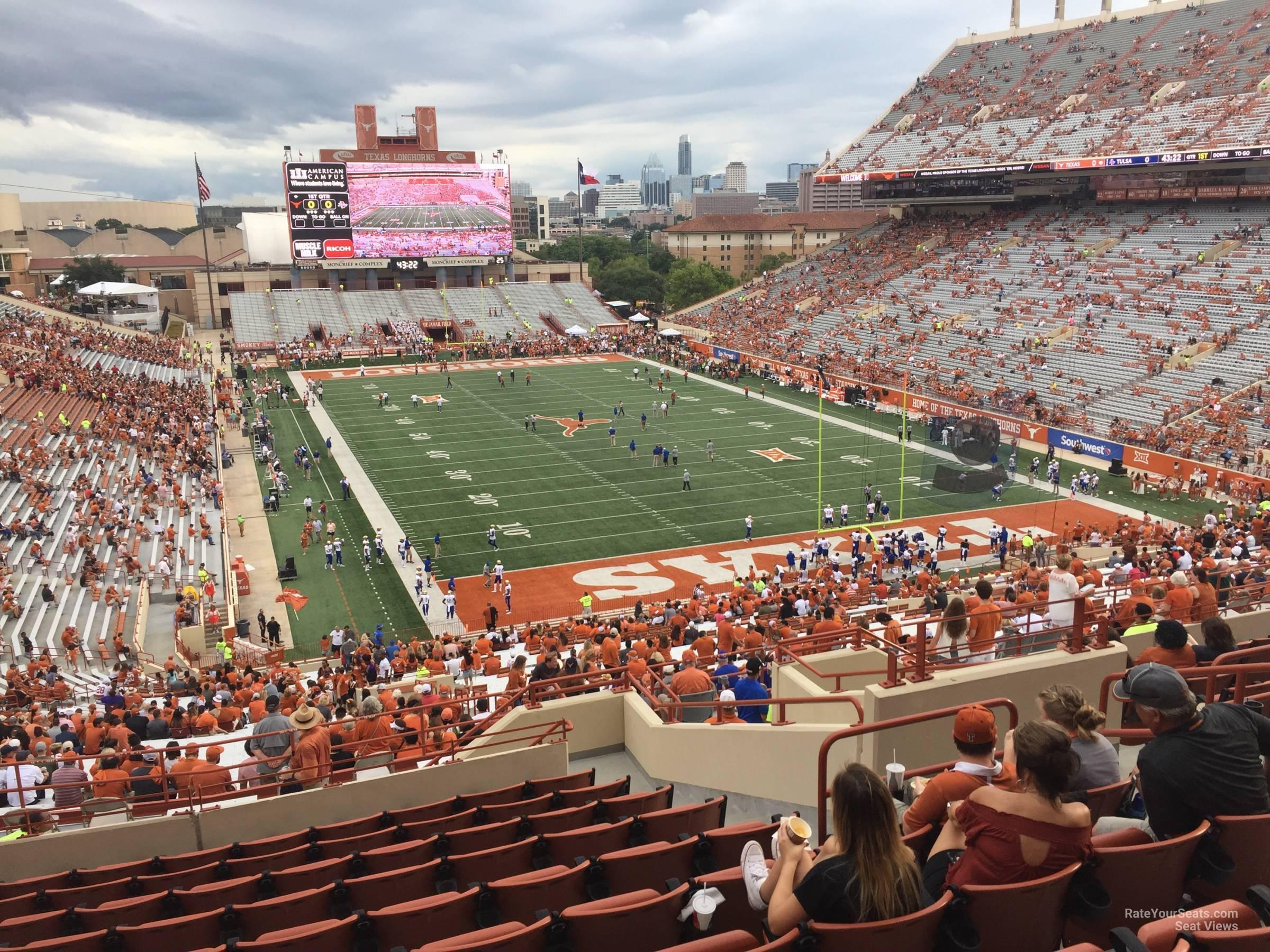 Touchdown Club 18 seat view