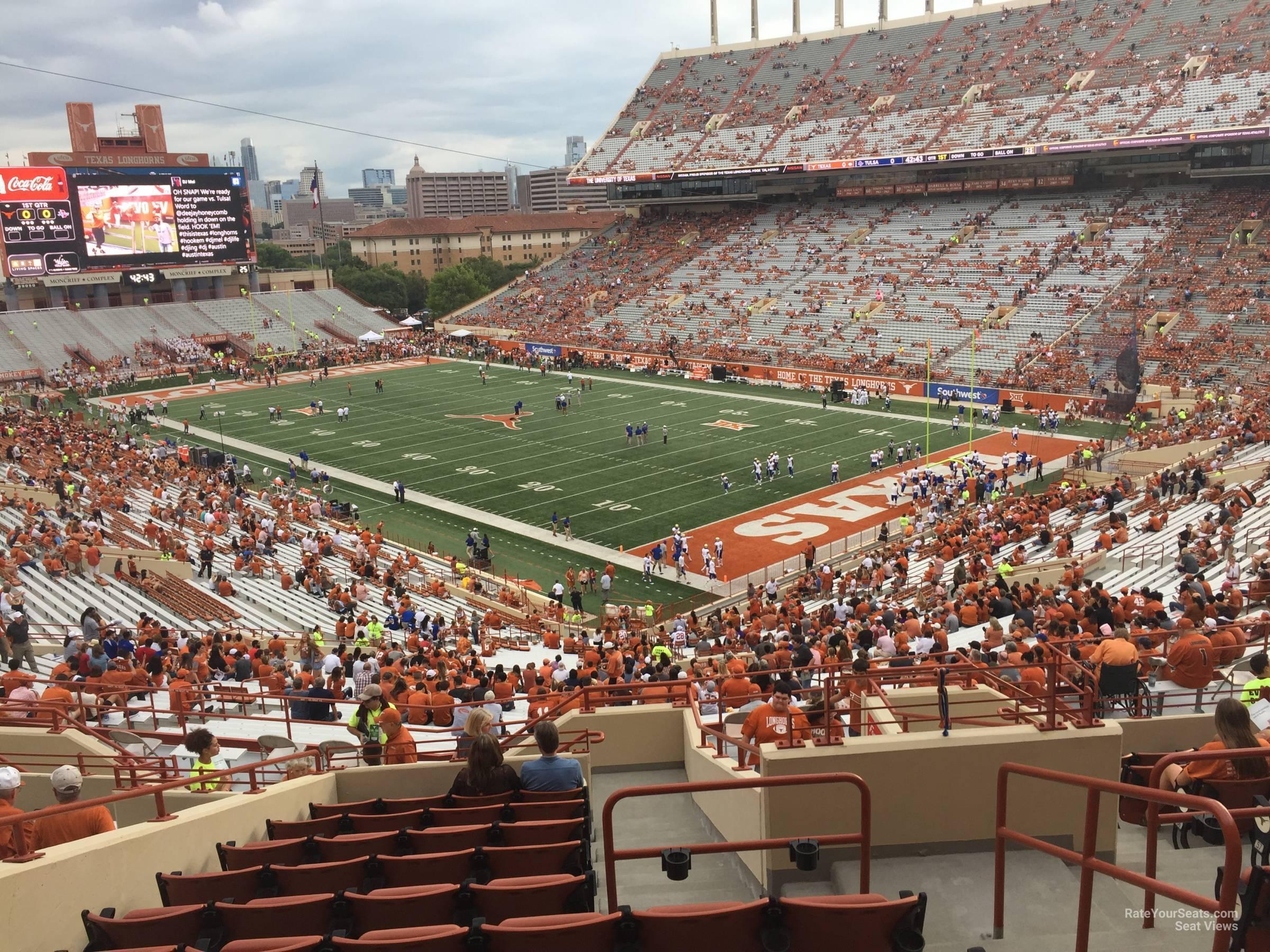 Touchdown Club 19 seat view