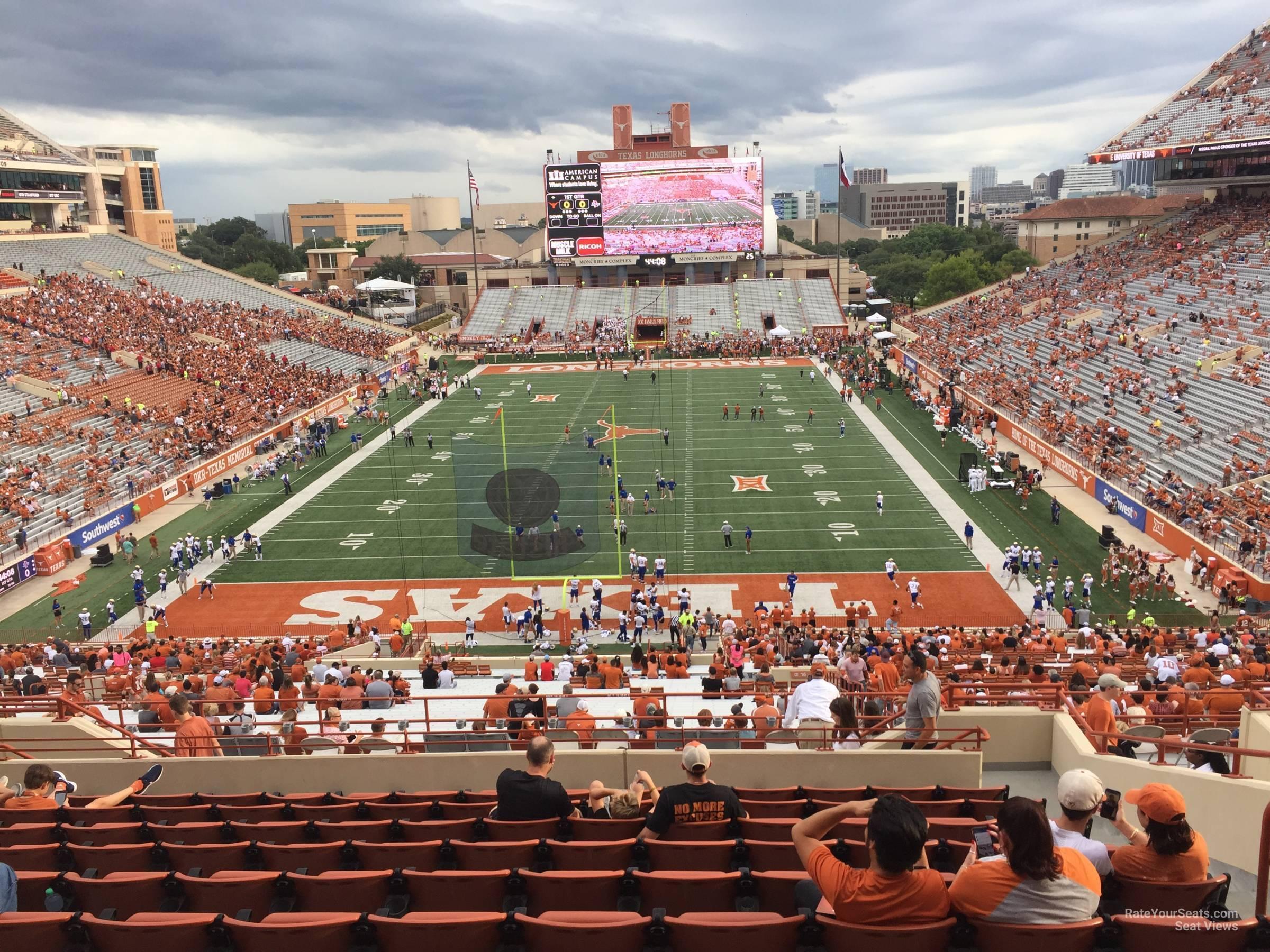 Touchdown Club 16 seat view
