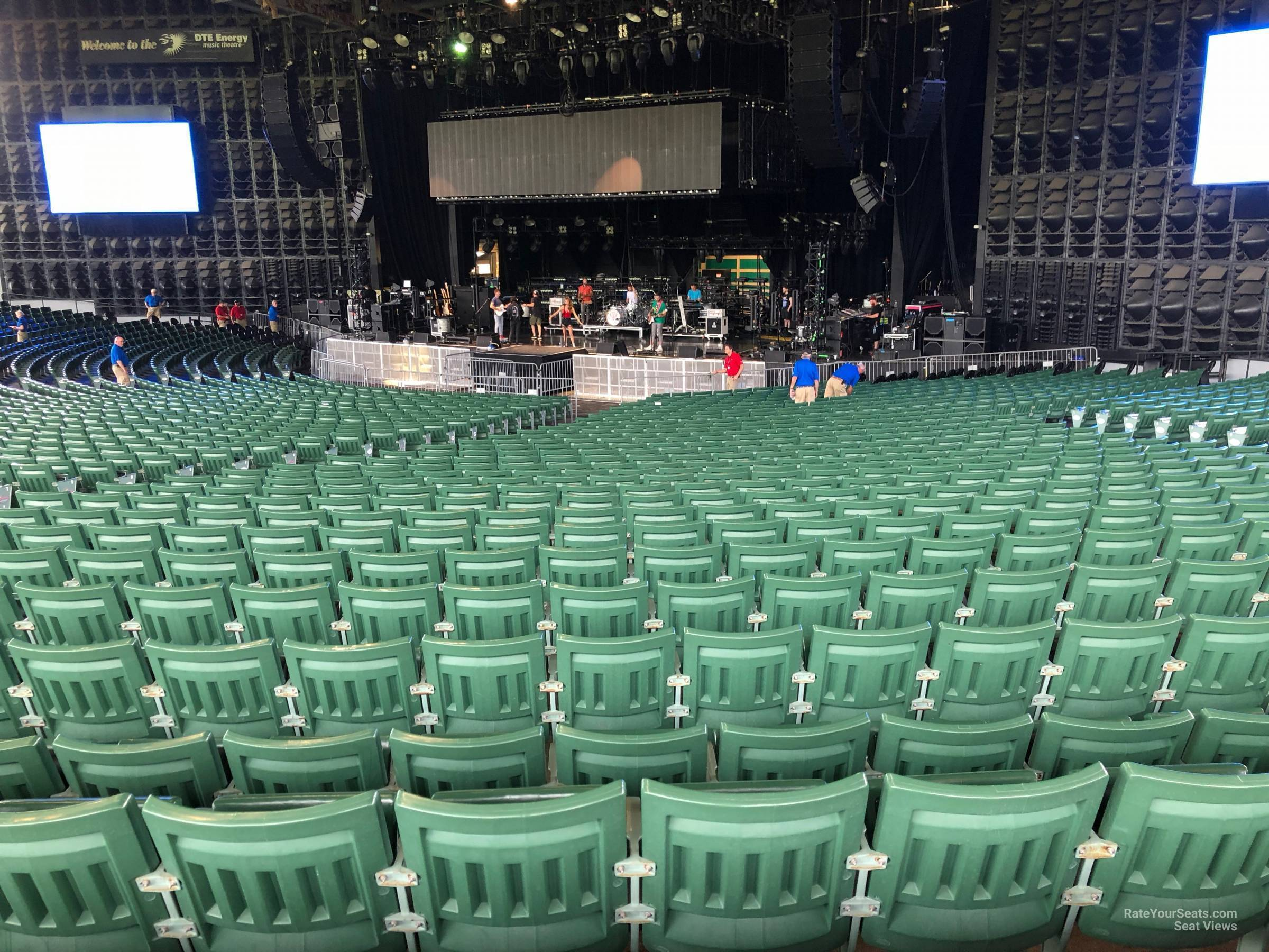 Right Center 6 seat view