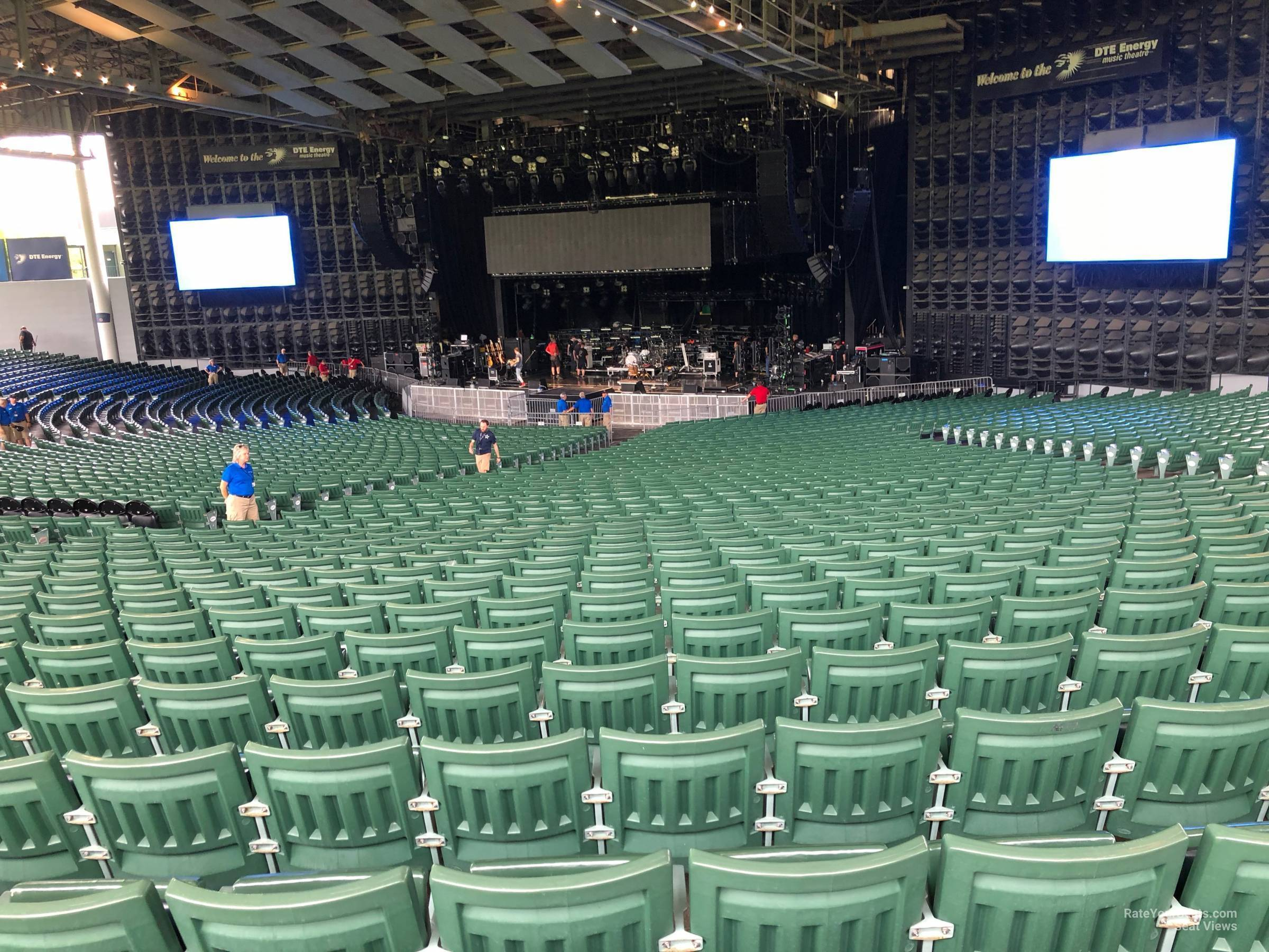 Right Center 8 seat view