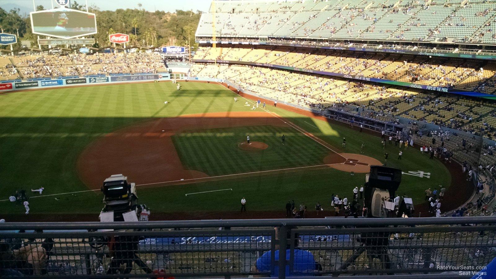 Dodger Stadium Infield Reserve 19 - RateYourSeats.com