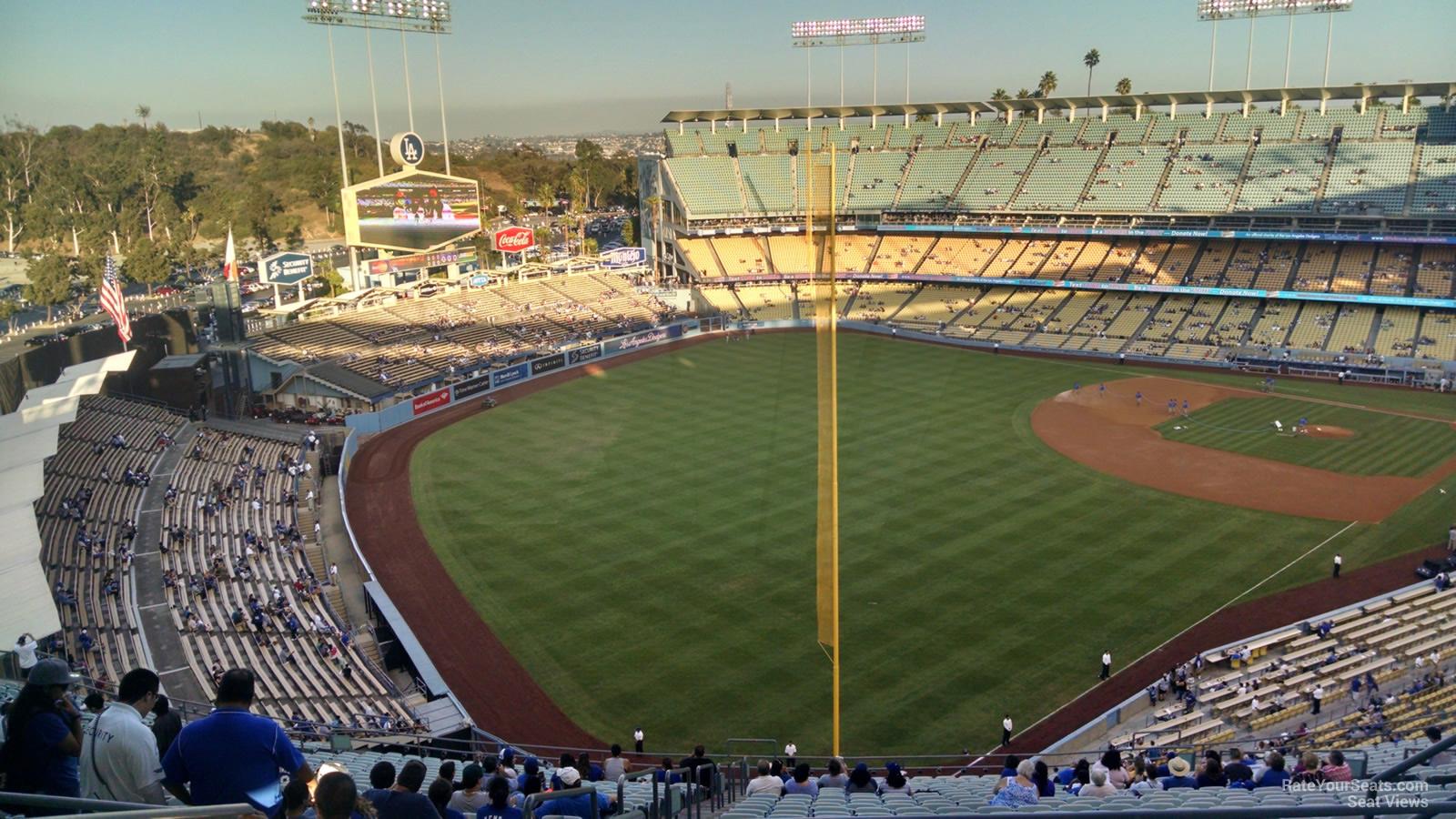 Dodger Stadium Reserve 53 - RateYourSeats.com