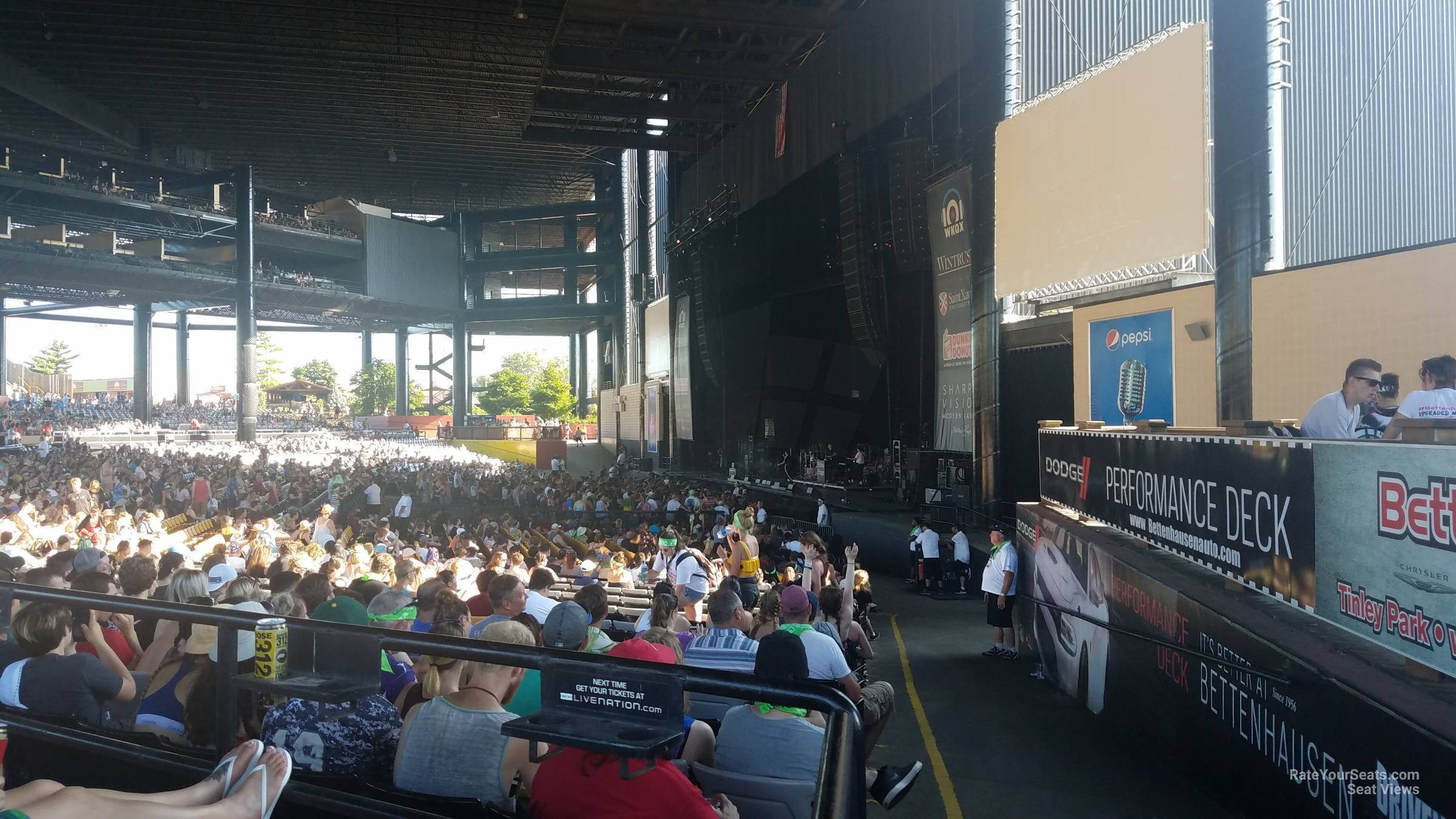 Concert Seat View for Hollywood Casino Amphitheatre Section 101, Row FF, Seat 1