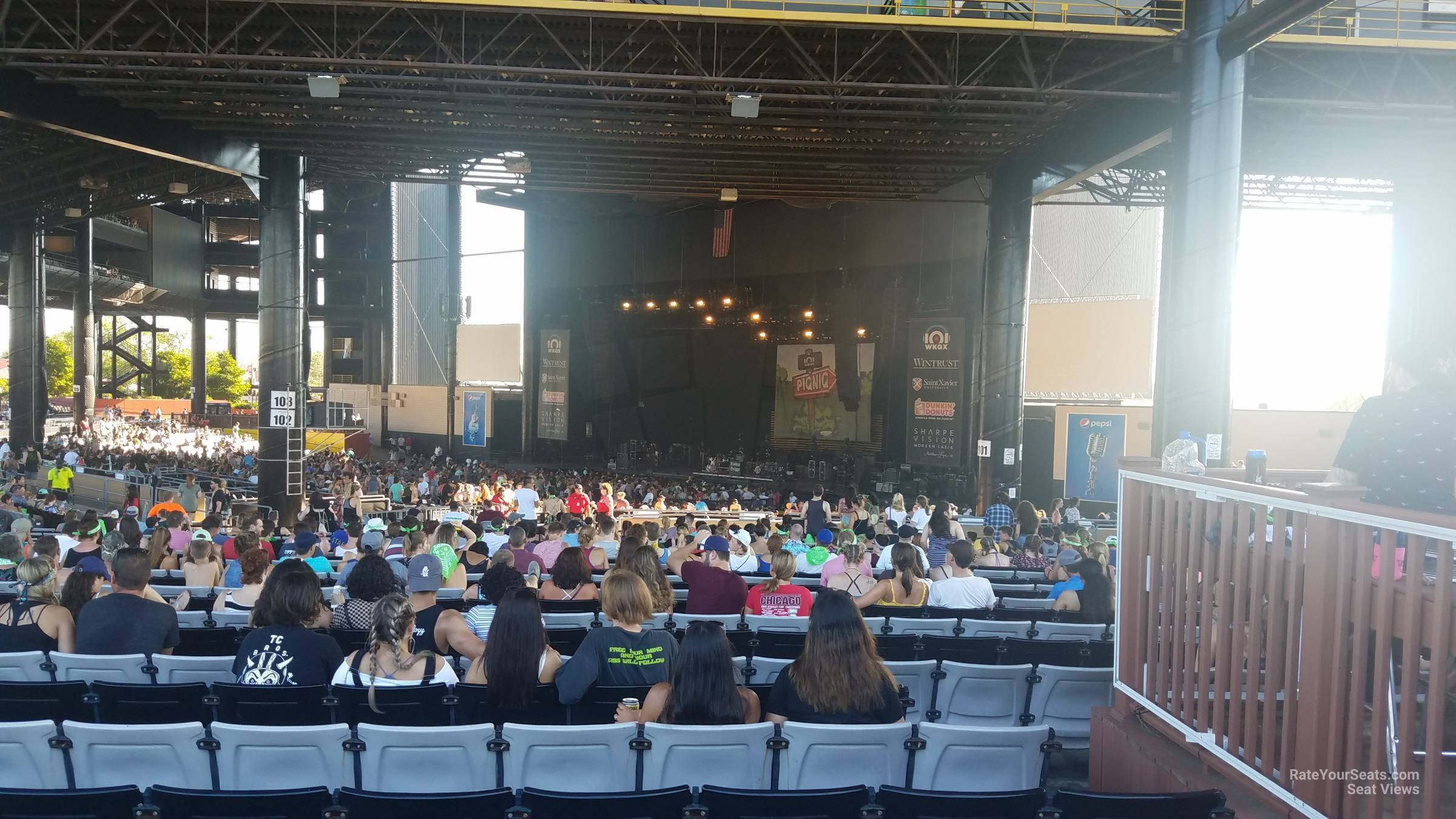 Hollywood Amphitheatre Tinley Park Il Section 203 Rateyourseats