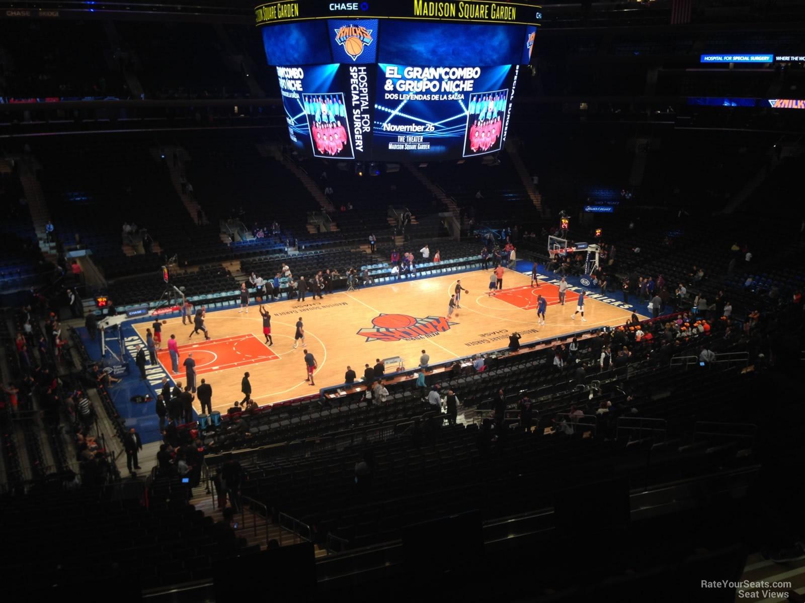 Madison Square Garden Section 209 New York Knicks
