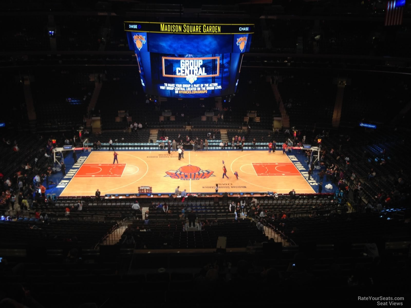 Madison square garden section 211 new york knicks Madison square garden basketball