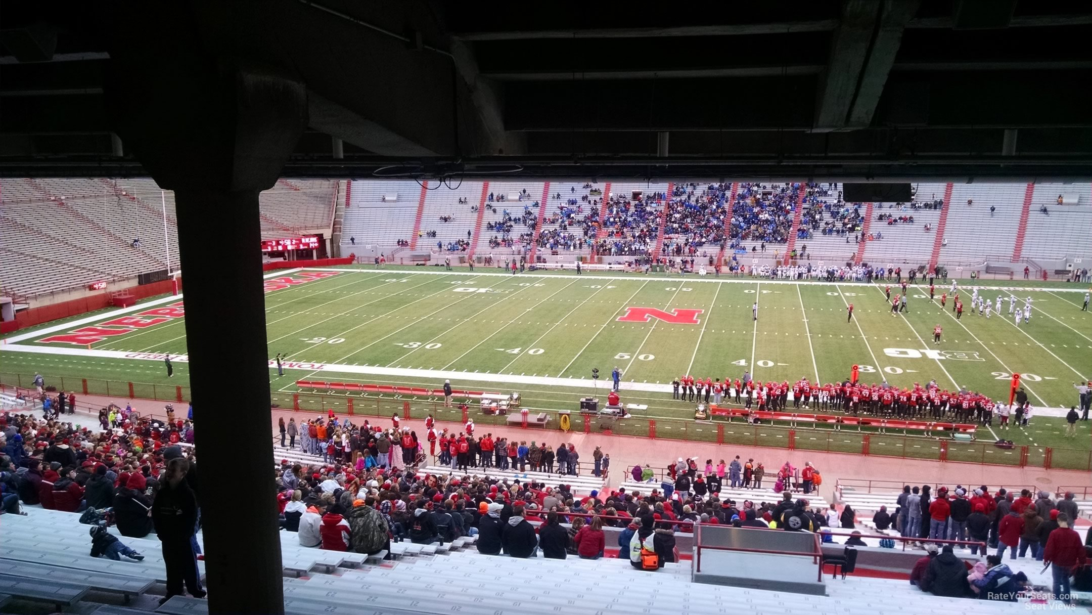 Are there view obstructions in Section 5 Row 42 at Memorial Stadium