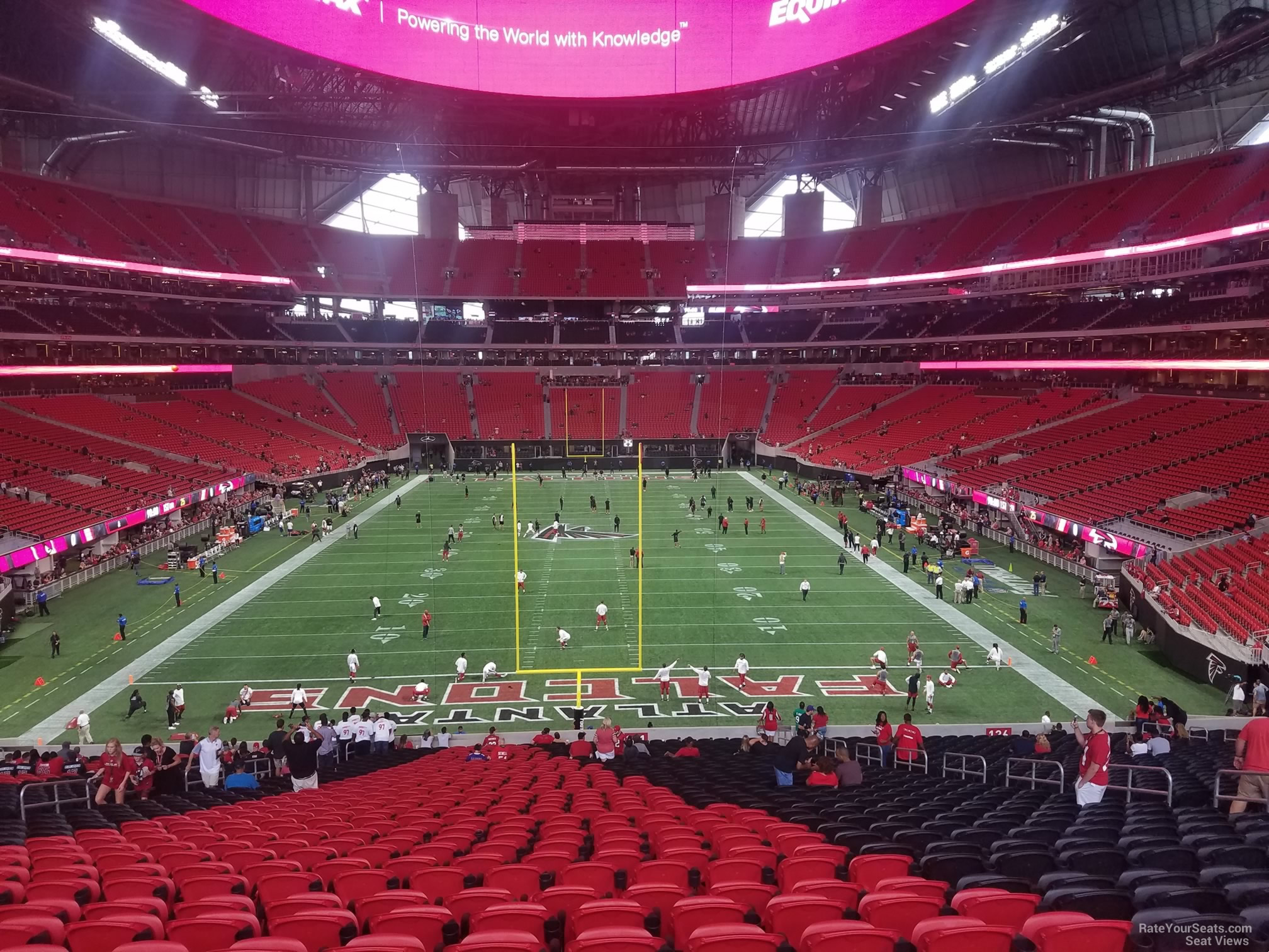 How many seats in a row at mercedes benz superdome for Mercedes benz stadium virtual seating