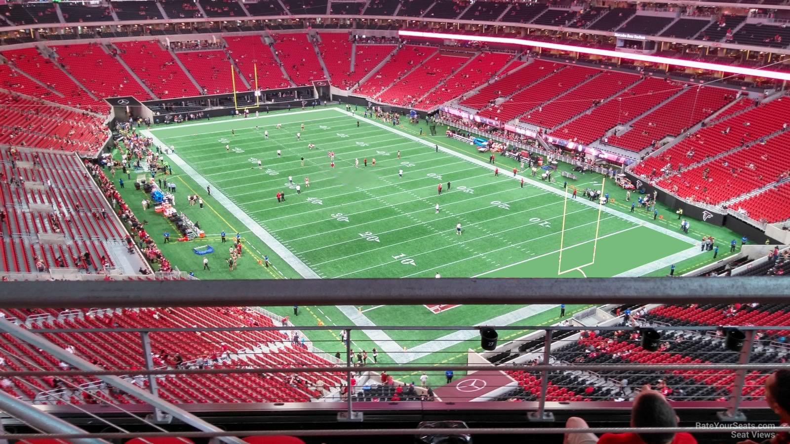 Mercedes benz stadium section 302 atlanta falcons for Mercedes benz stadium seat view