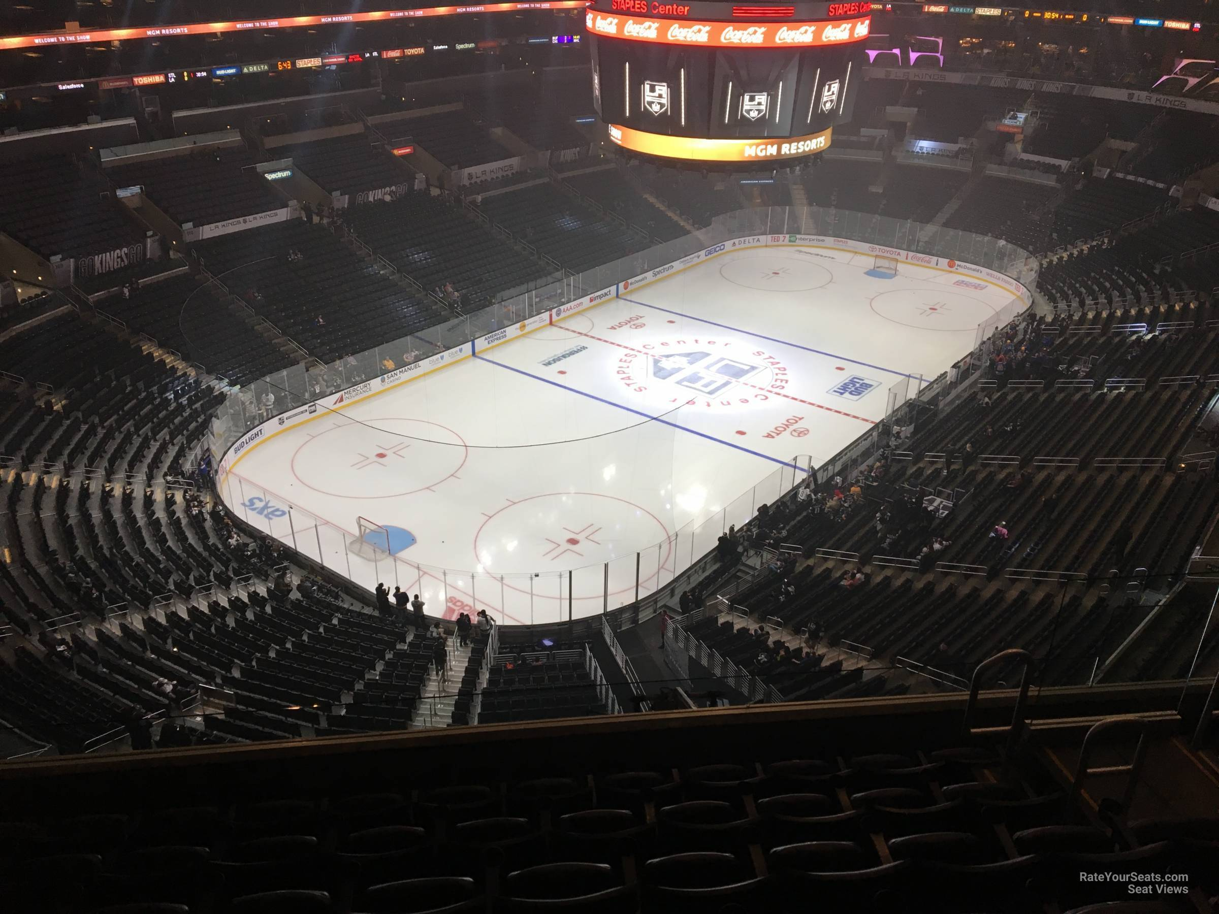Section 306 at Staples Center - Los Angeles Kings ...