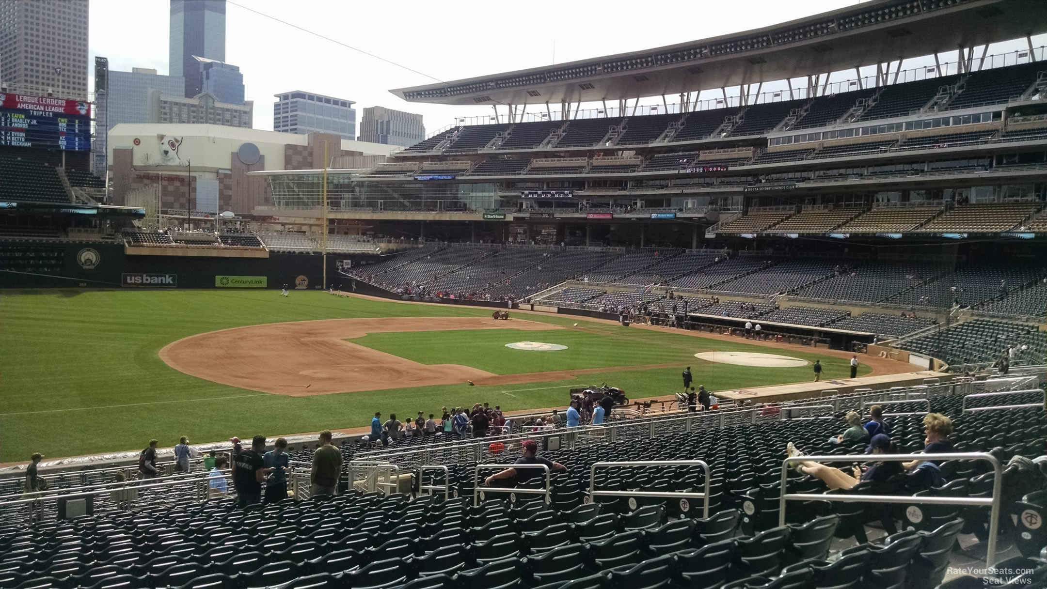 Target Field Section 122 - RateYourSeats.com