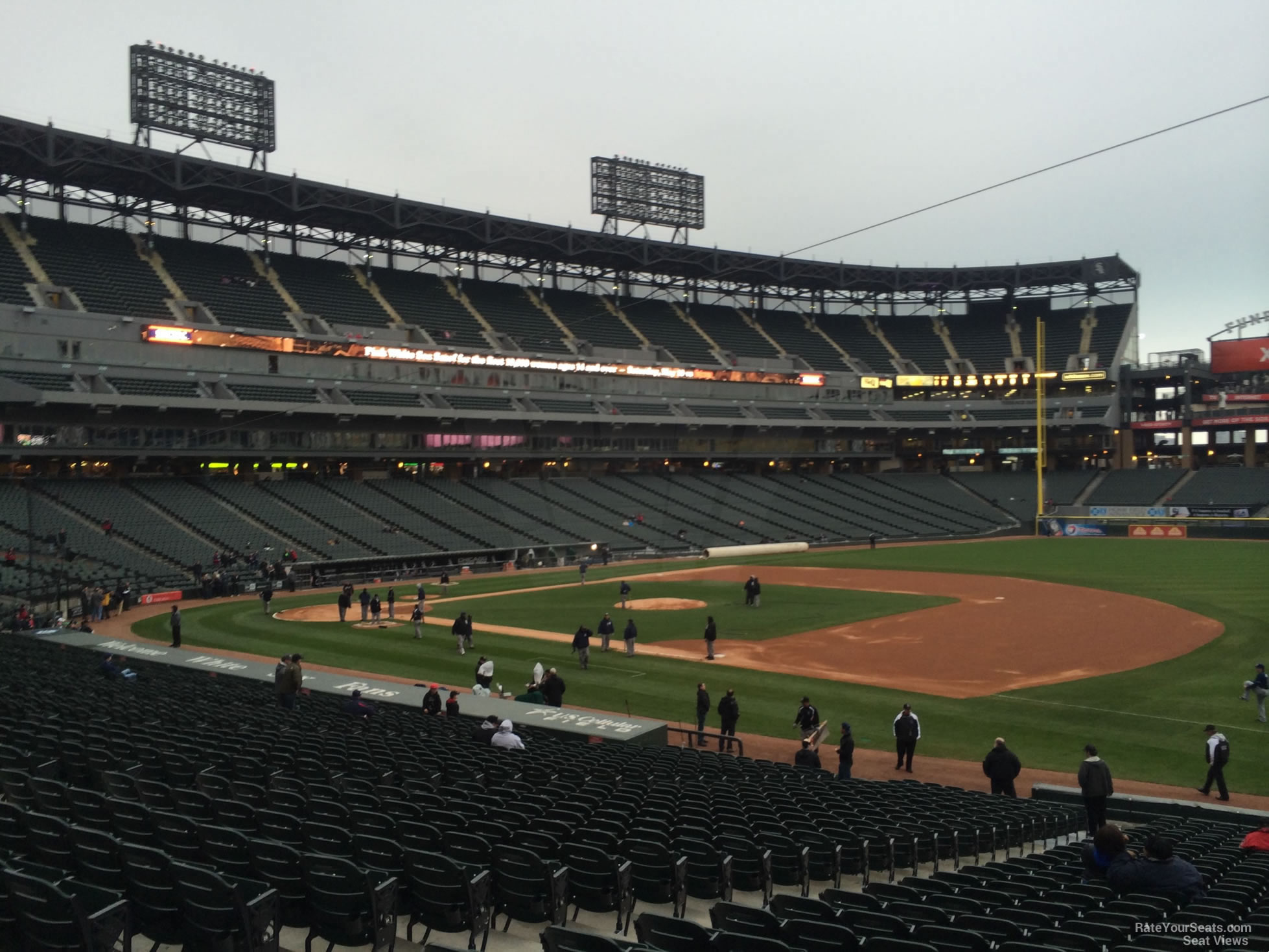 Guaranteed Rate Field Section 119 - RateYourSeats.com