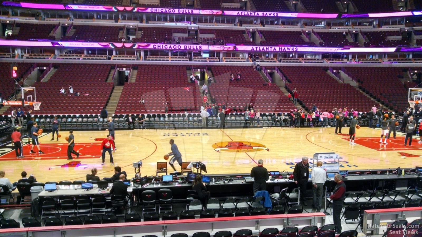 Exterior: United Center Section 101