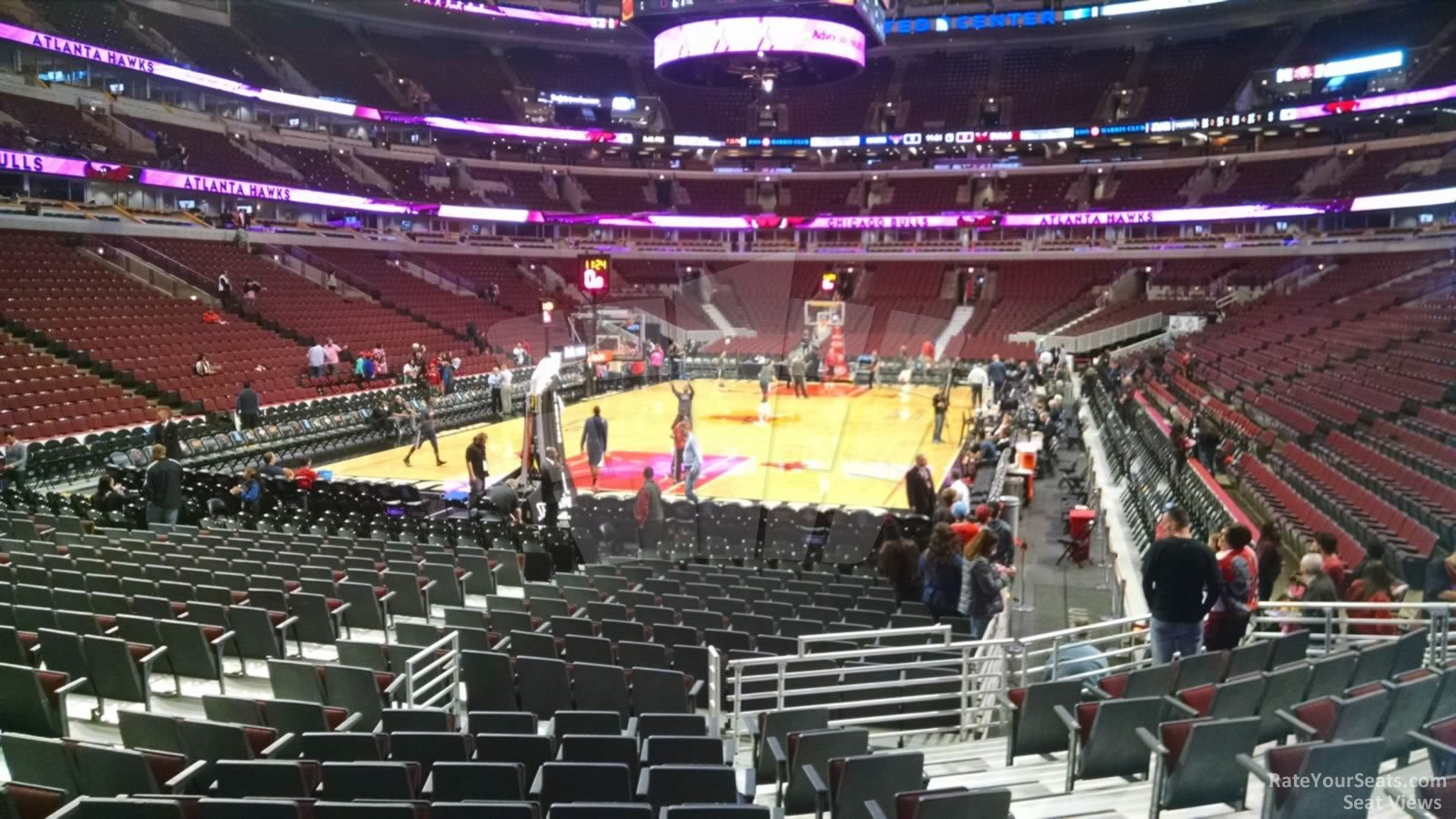 United Center Section 105 - Chicago Bulls - RateYourSeats.com