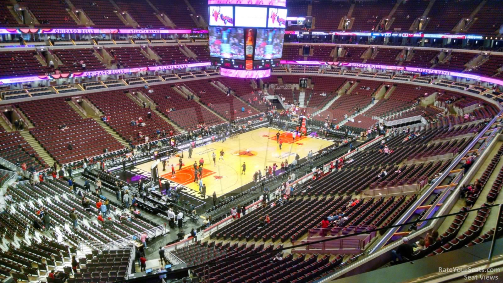 United Center Section 322 - Chicago Bulls - RateYourSeats.com
