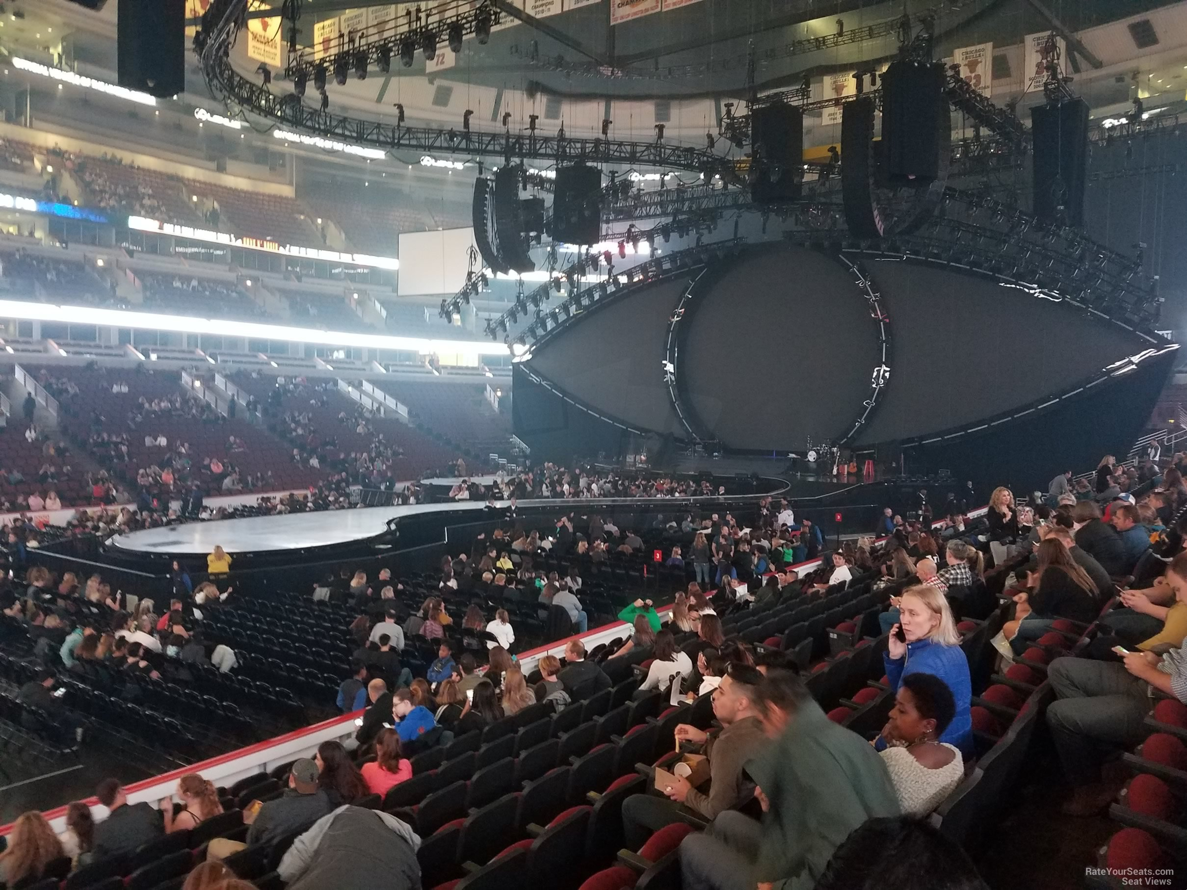 United Center Section 102 Concert Seating Rateyourseats Com