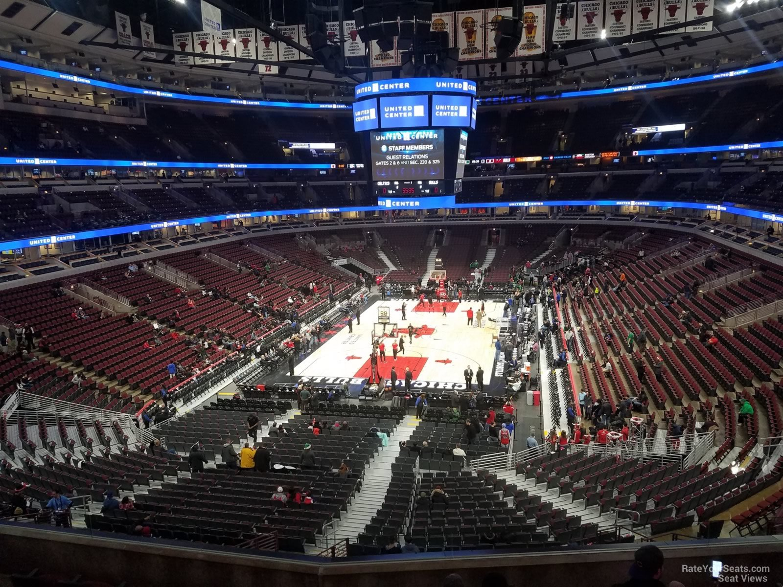 United Center Section 208 - Chicago Bulls - RateYourSeats.com